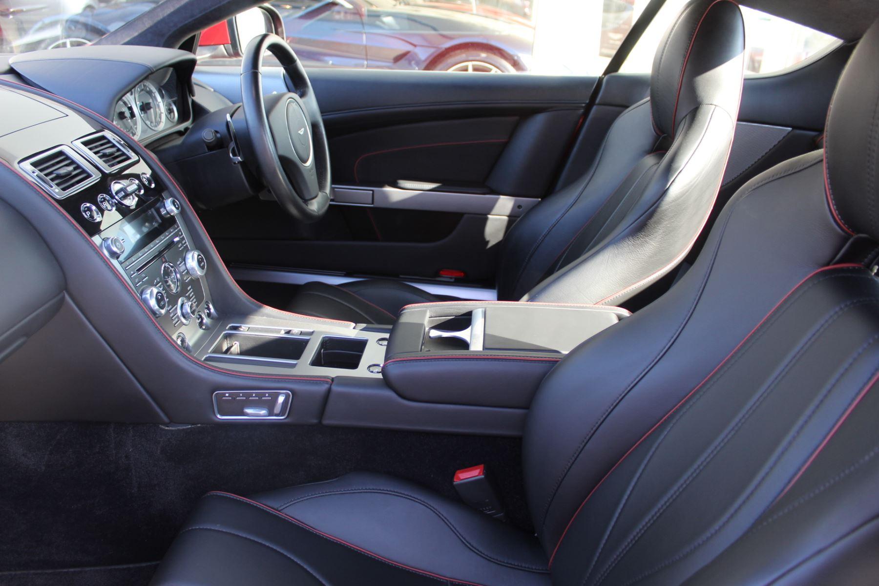 Aston Martin DB9 V12 2dr Touchtronic image 10