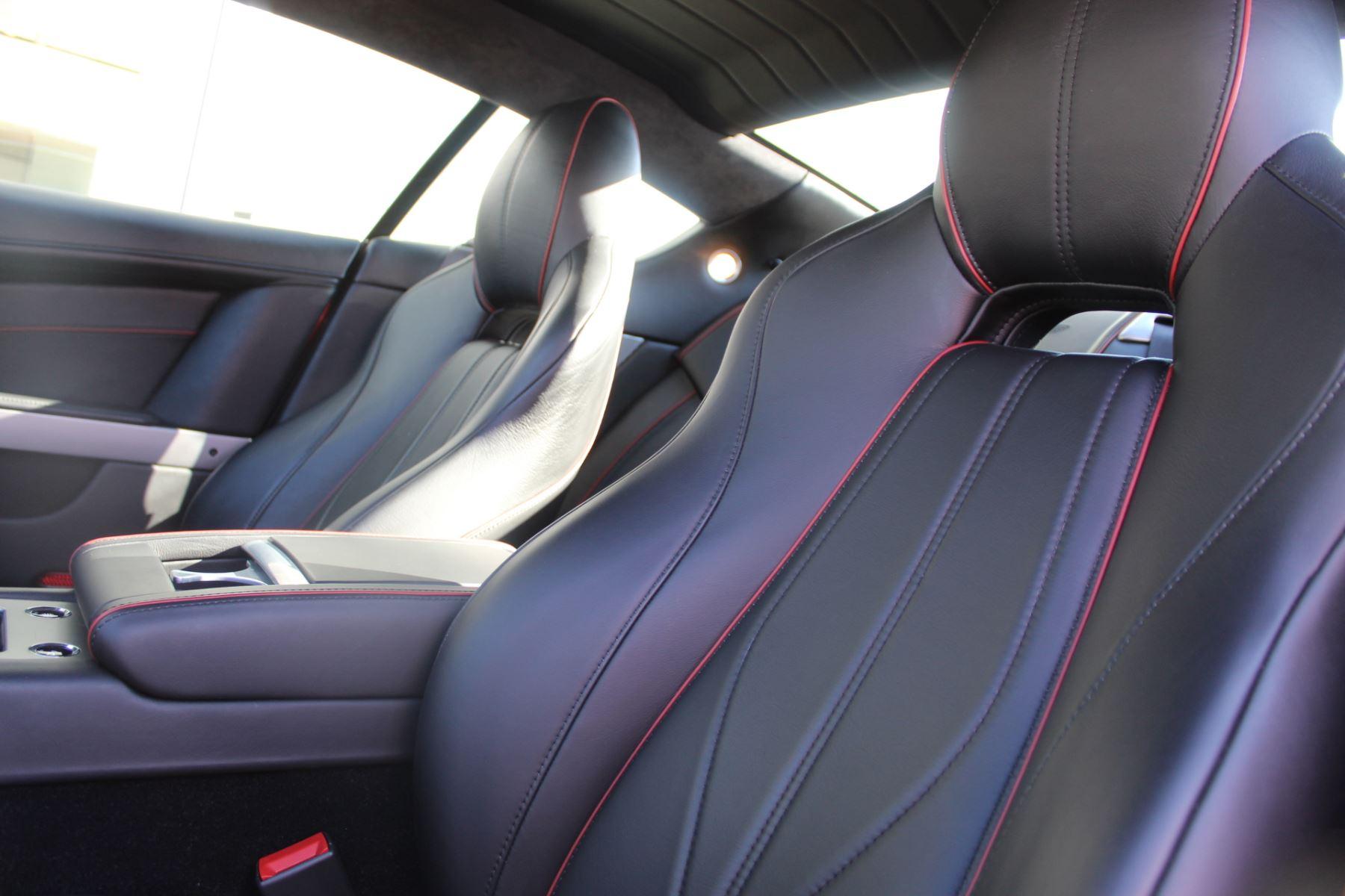 Aston Martin DB9 V12 2dr Touchtronic image 11