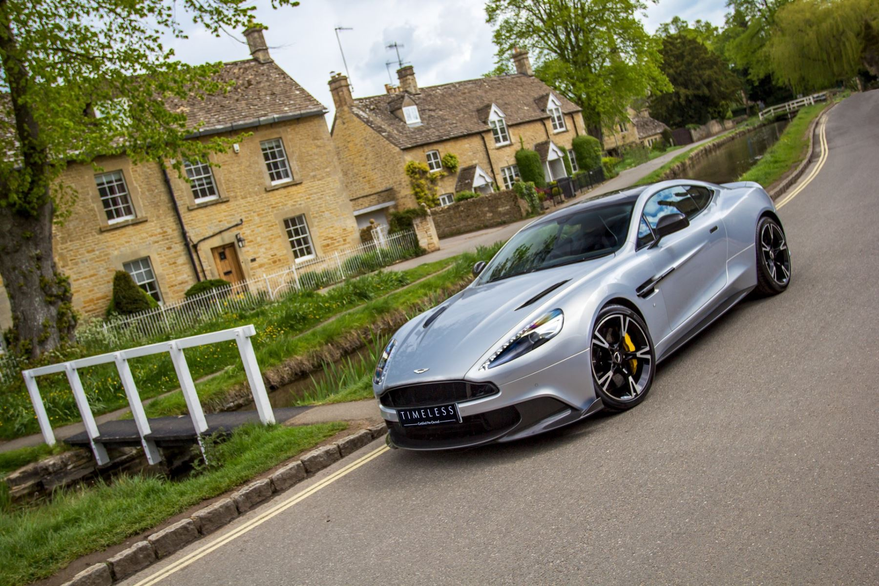 Aston Martin Vanquish V12 [595] S 2+2 2dr Touchtronic image 4