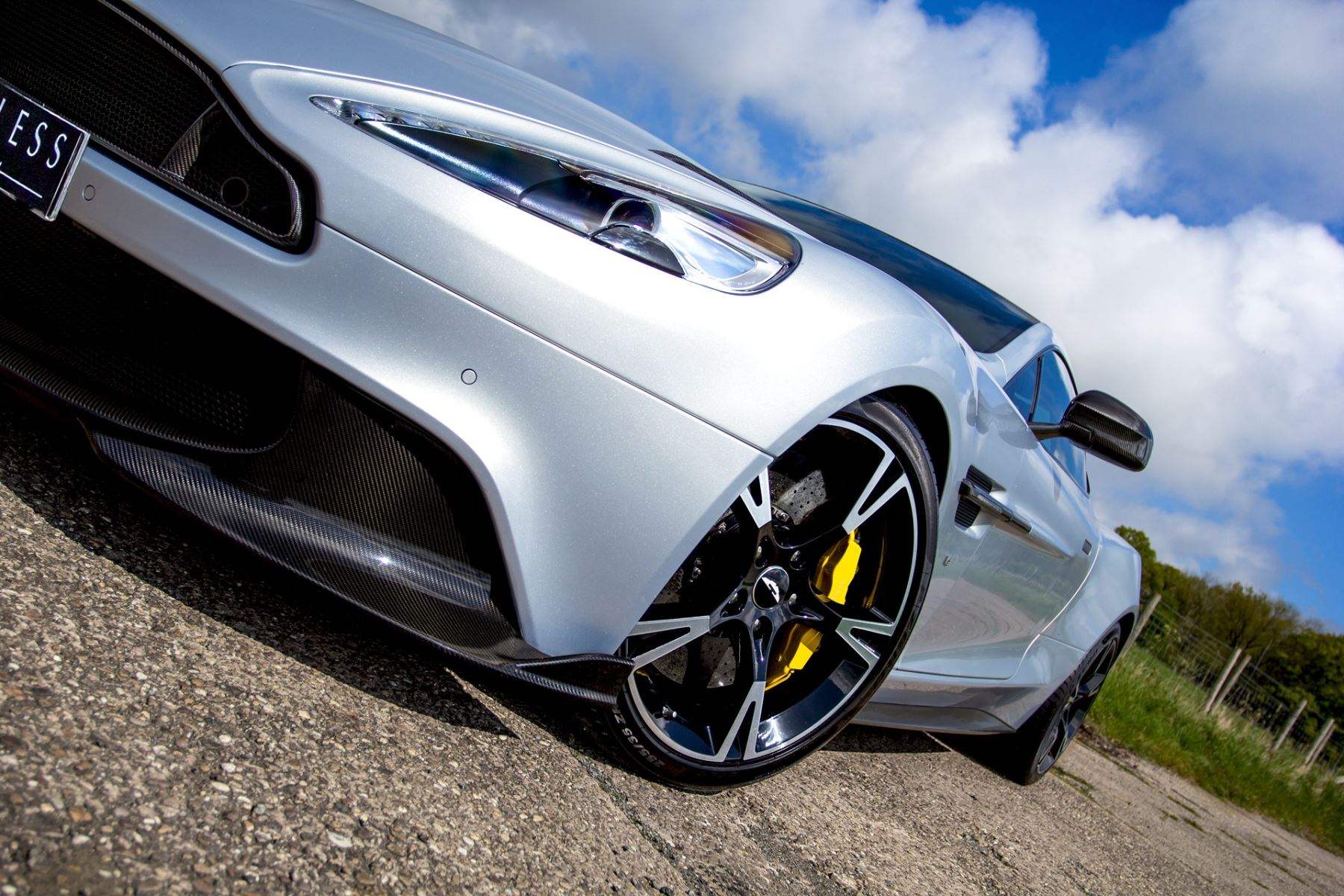 Aston Martin Vanquish V12 [595] S 2+2 2dr Touchtronic image 11