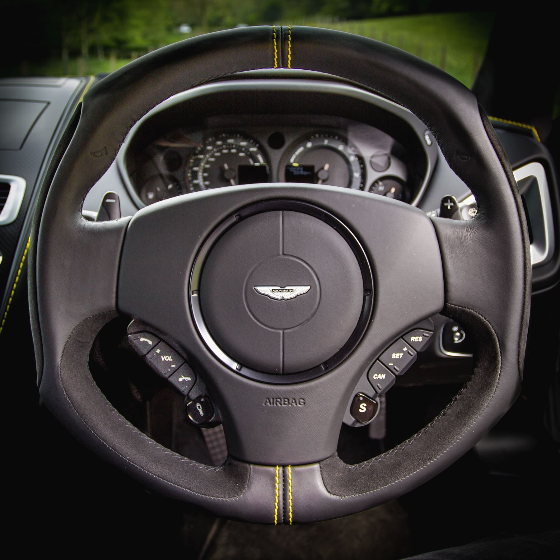 Aston Martin Vanquish V12 [595] S 2+2 2dr Touchtronic image 22