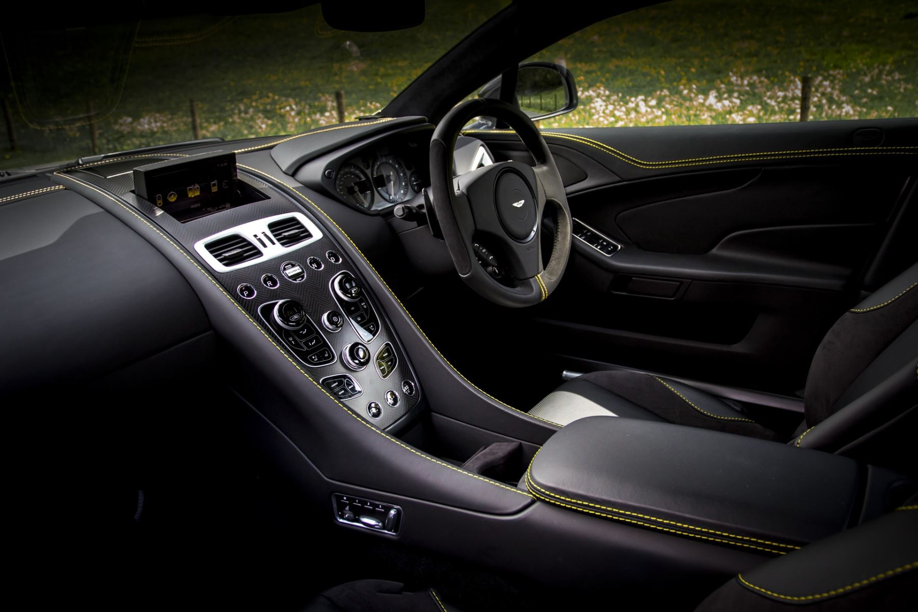 Aston Martin Vanquish V12 [595] S 2+2 2dr Touchtronic image 29