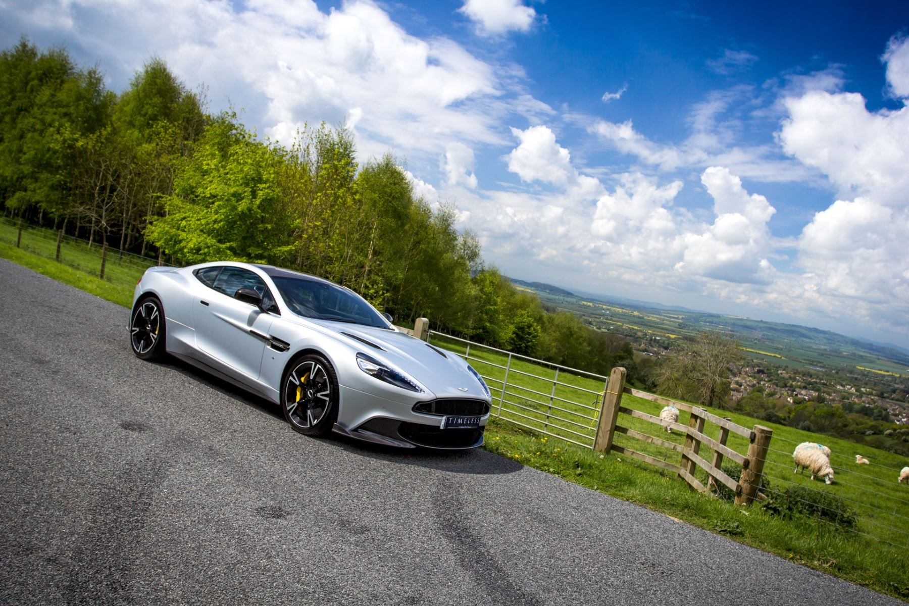 Aston Martin Vanquish V12 [595] S 2+2 2dr Touchtronic image 30