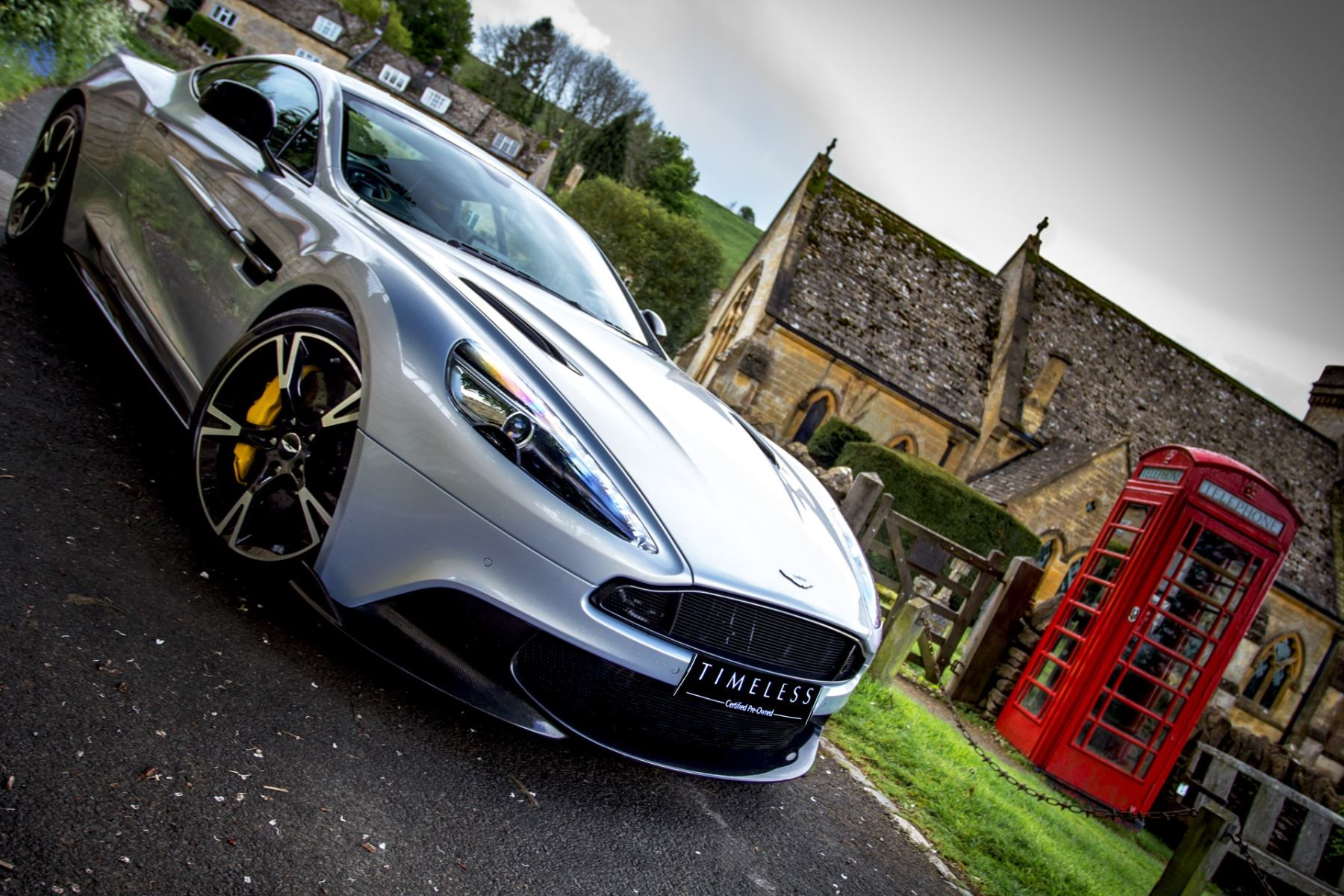 Aston Martin Vanquish V12 [595] S 2+2 2dr Touchtronic image 33