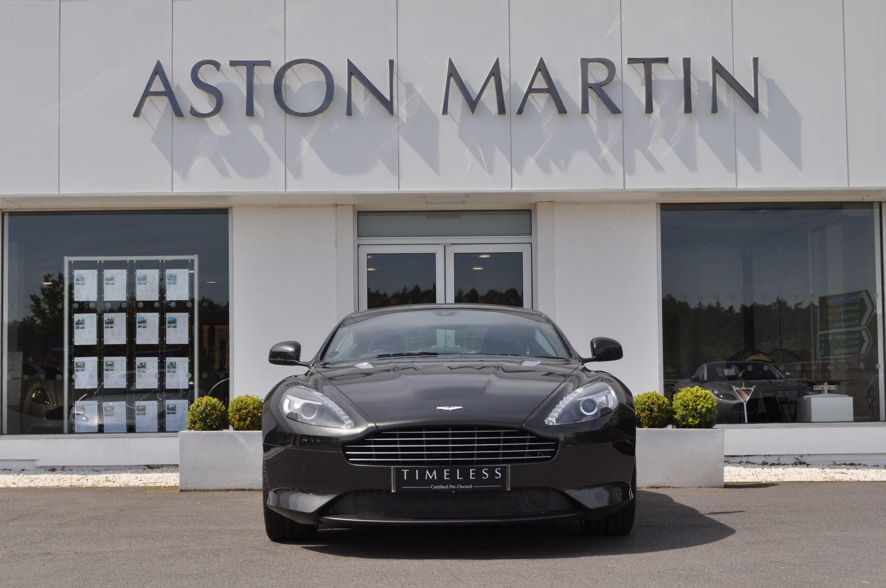 Aston Martin DB9 V12 2dr Touchtronic image 2