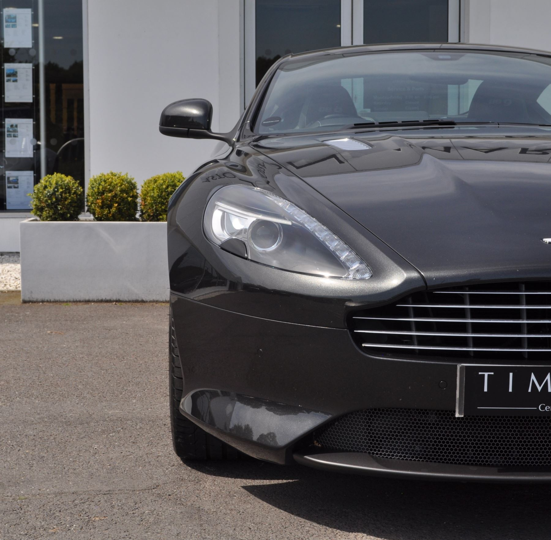 Aston Martin DB9 V12 2dr Touchtronic image 13