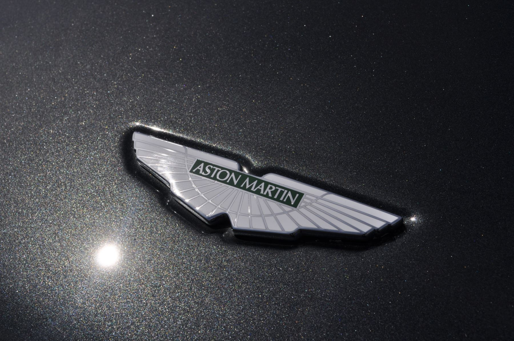Aston Martin DB9 V12 2dr Touchtronic image 19