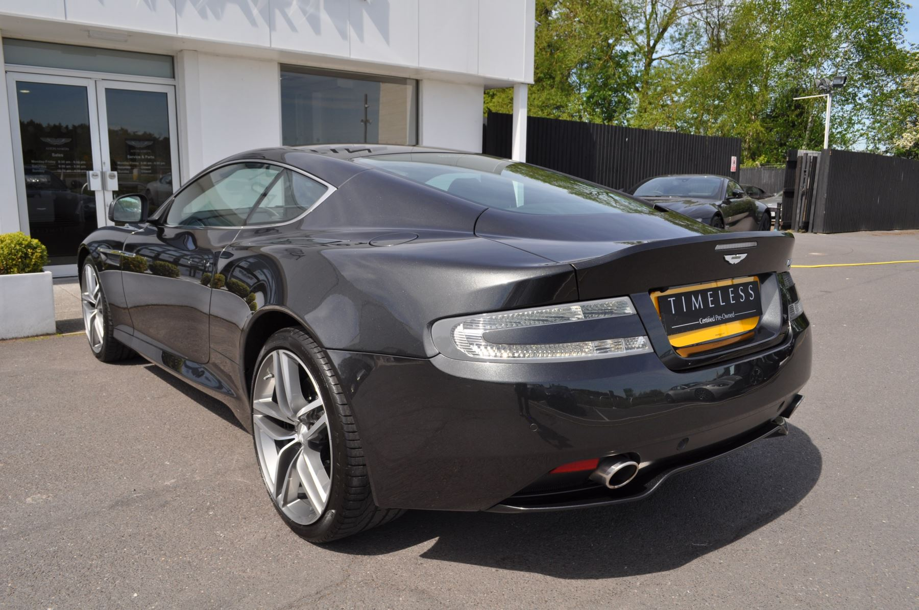 Aston Martin DB9 V12 2dr Touchtronic image 21