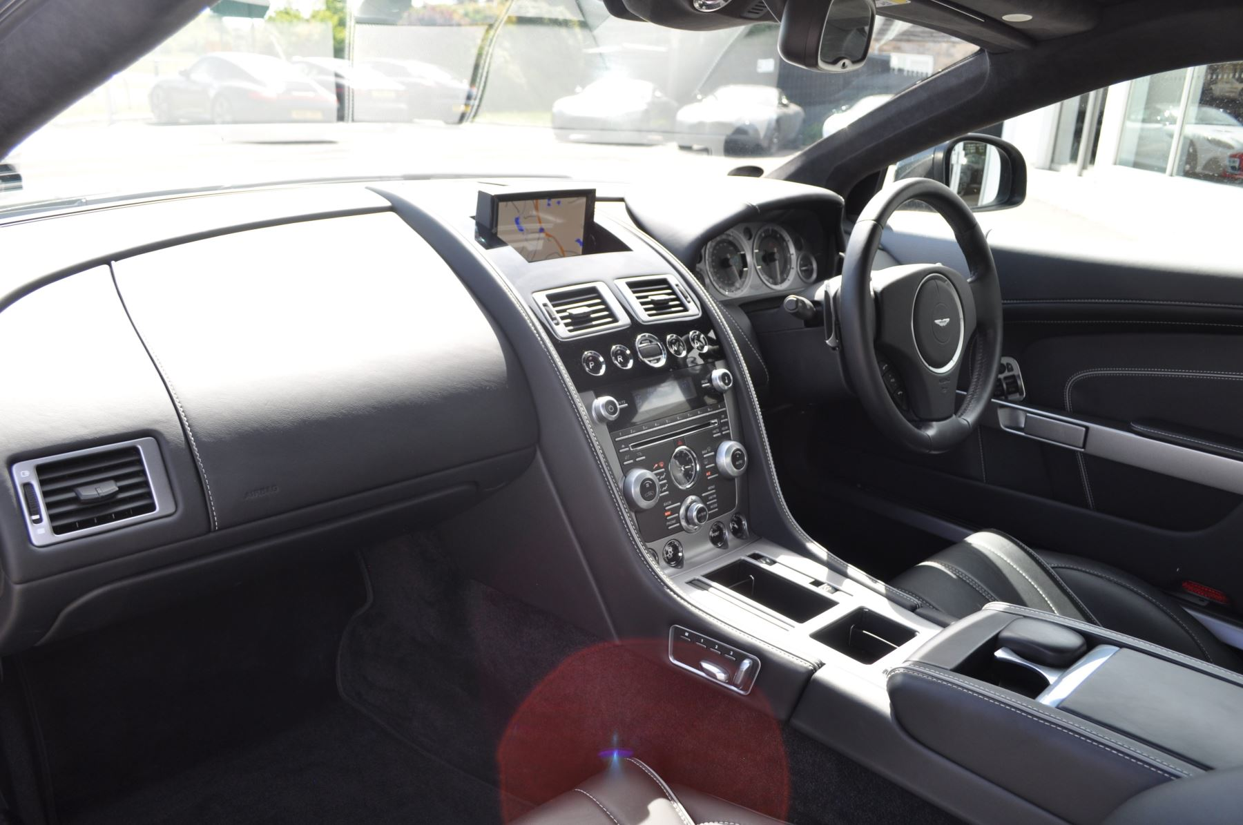 Aston Martin DB9 V12 2dr Touchtronic image 33