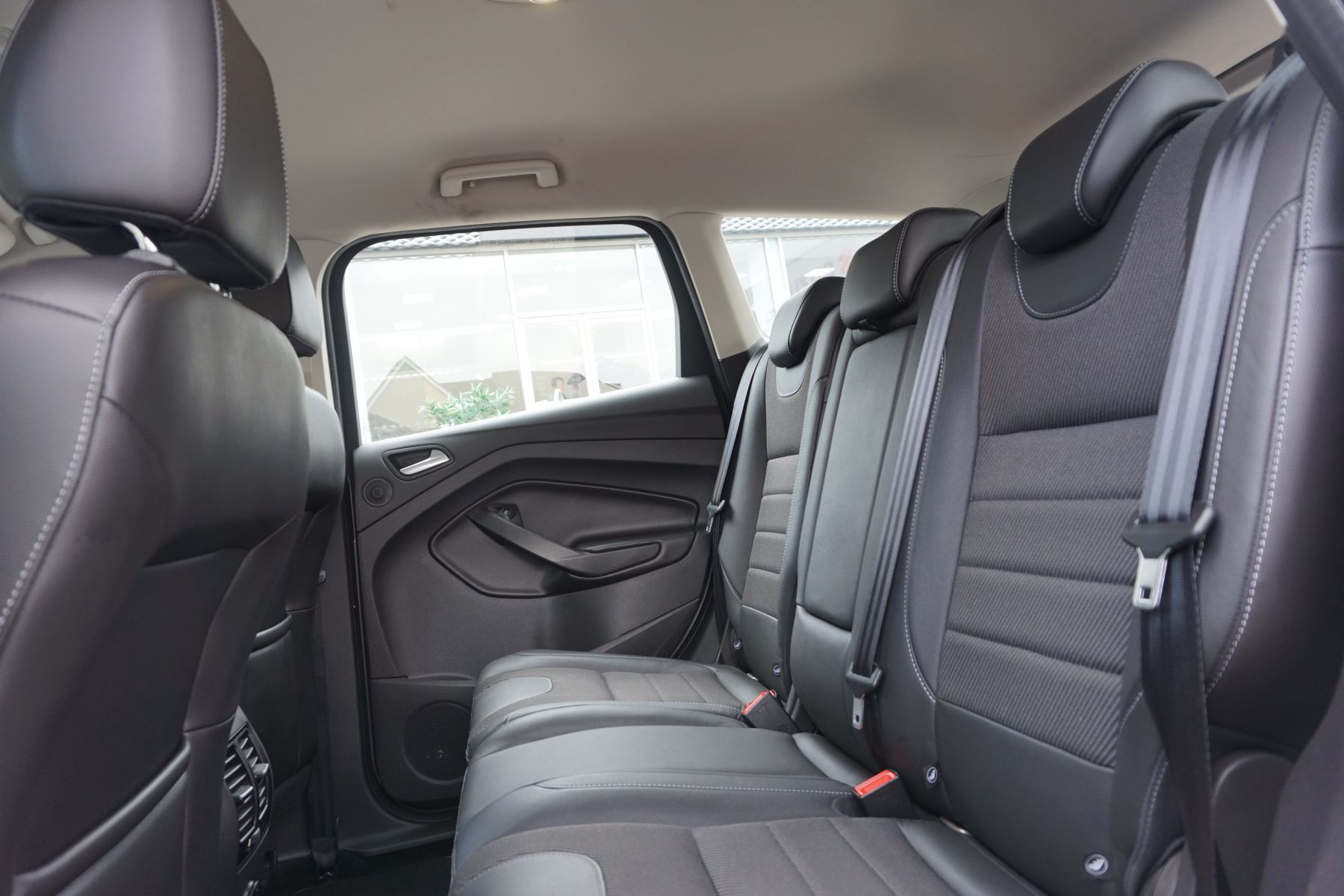Ford Kuga 2.0 TDCi Titanium 2WD image 9
