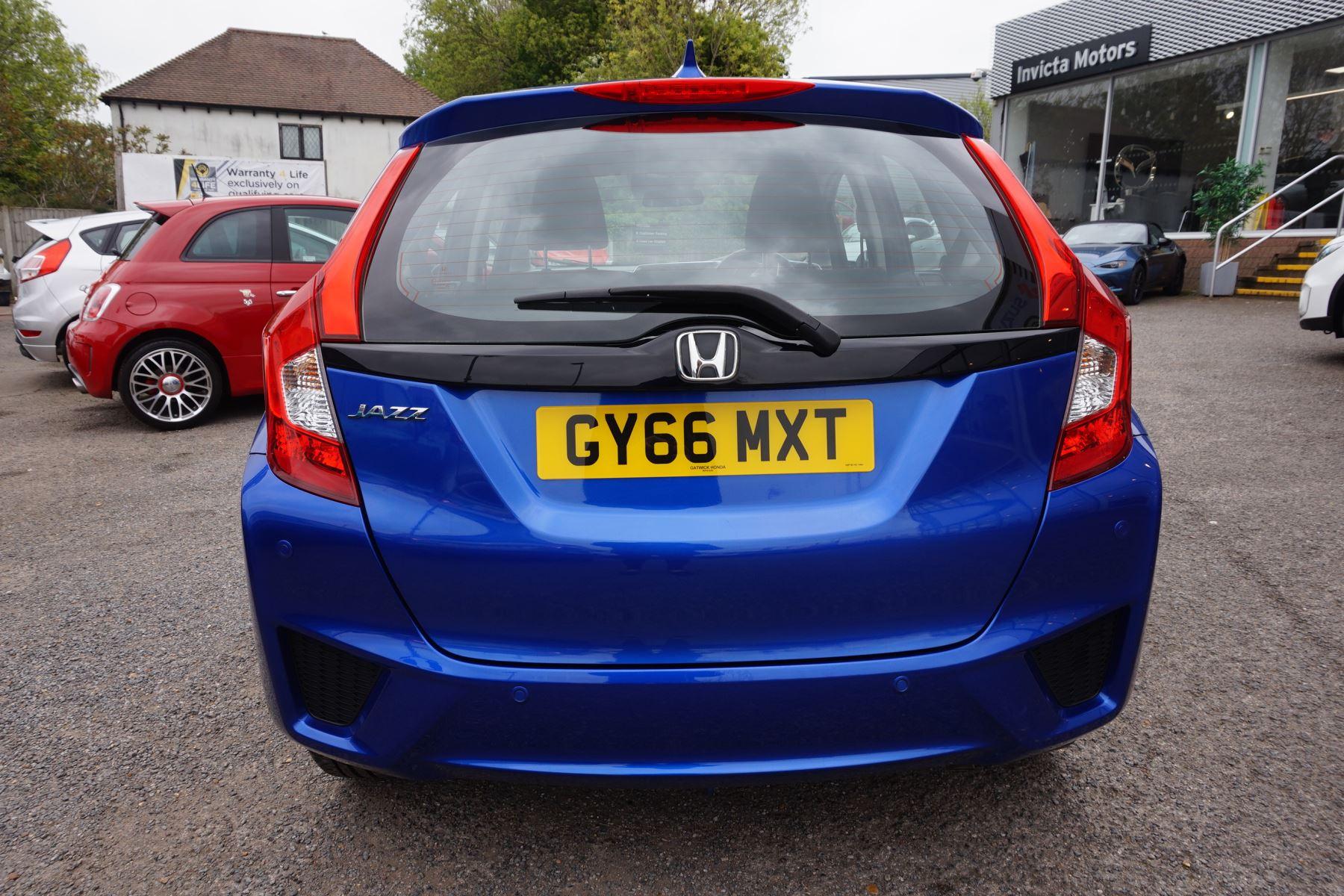 Honda Jazz 1.3 SE Navi CVT image 4