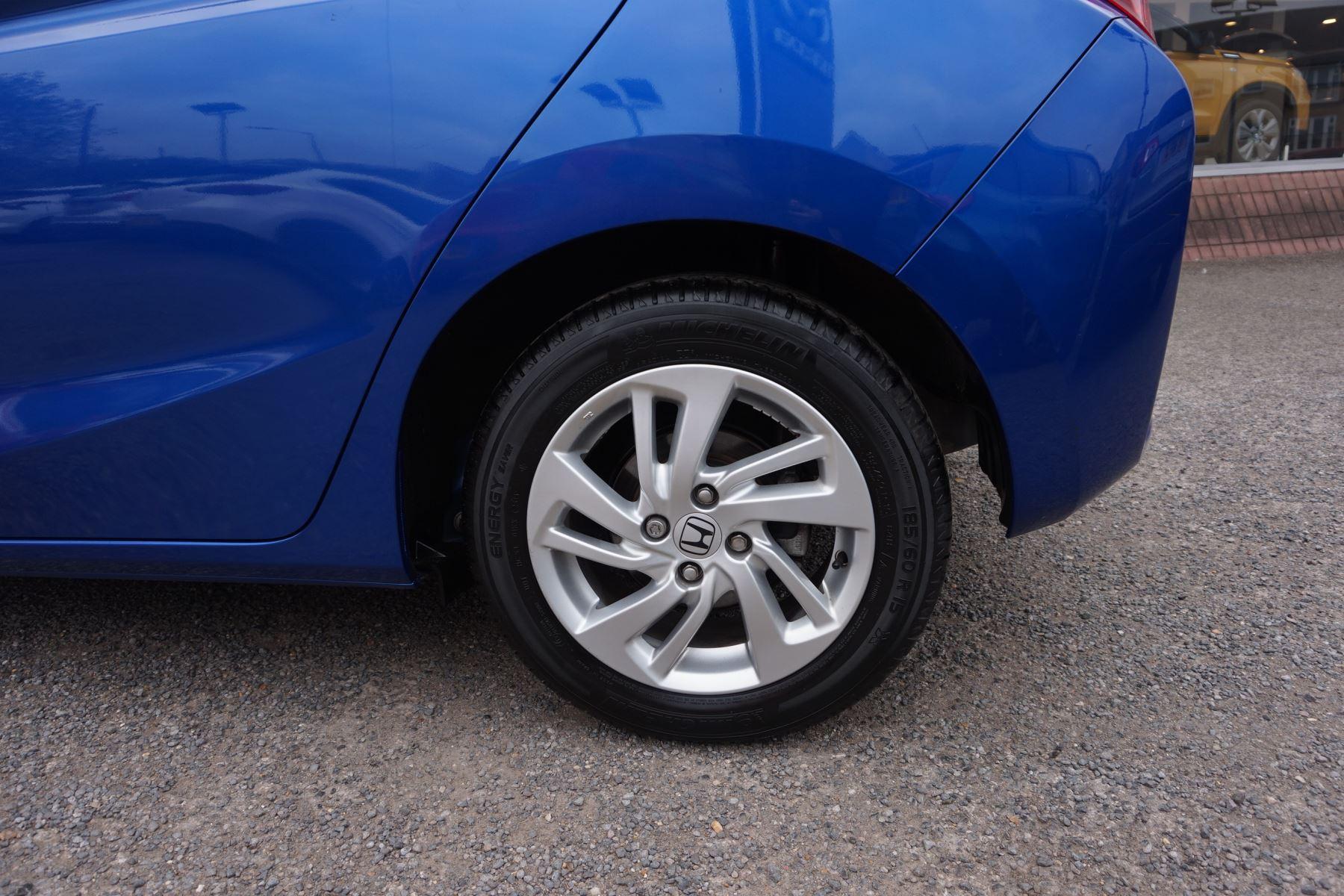 Honda Jazz 1.3 SE Navi CVT image 7