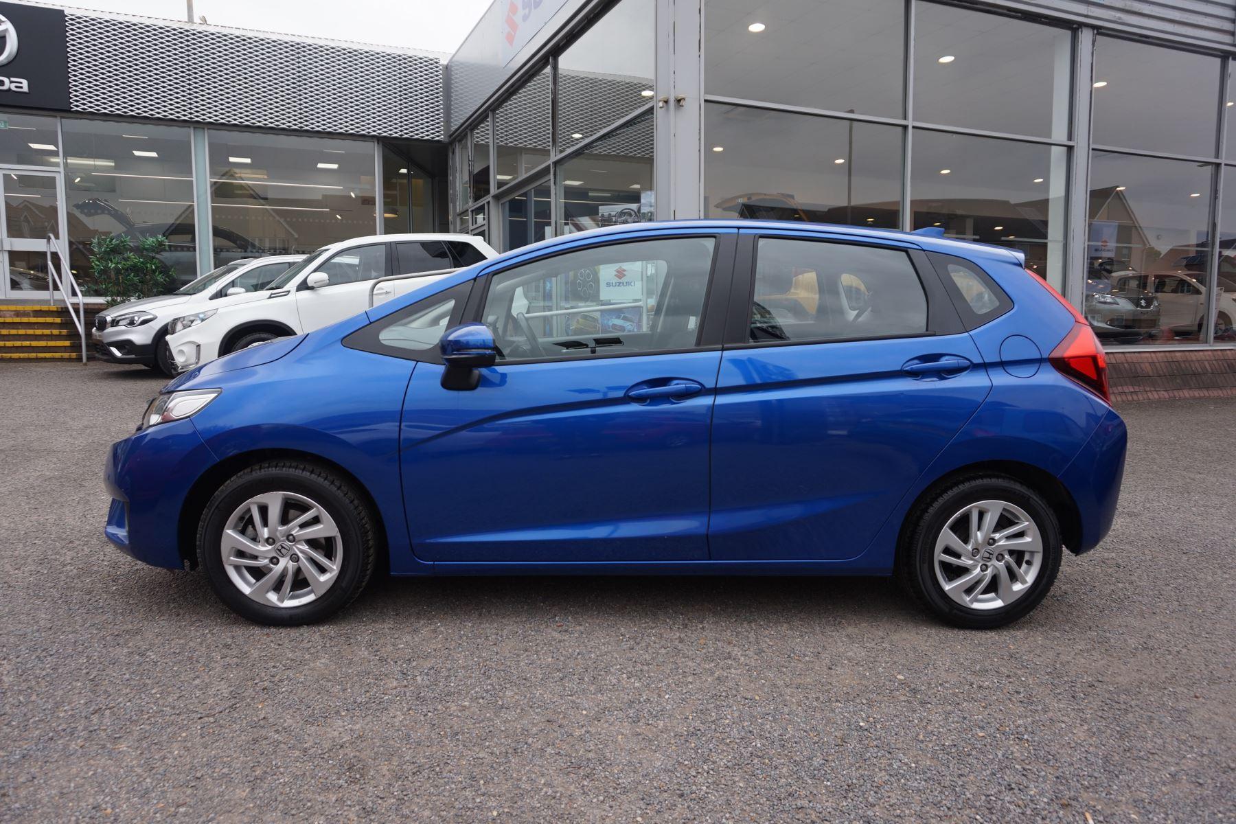 Honda Jazz 1.3 SE Navi CVT image 3