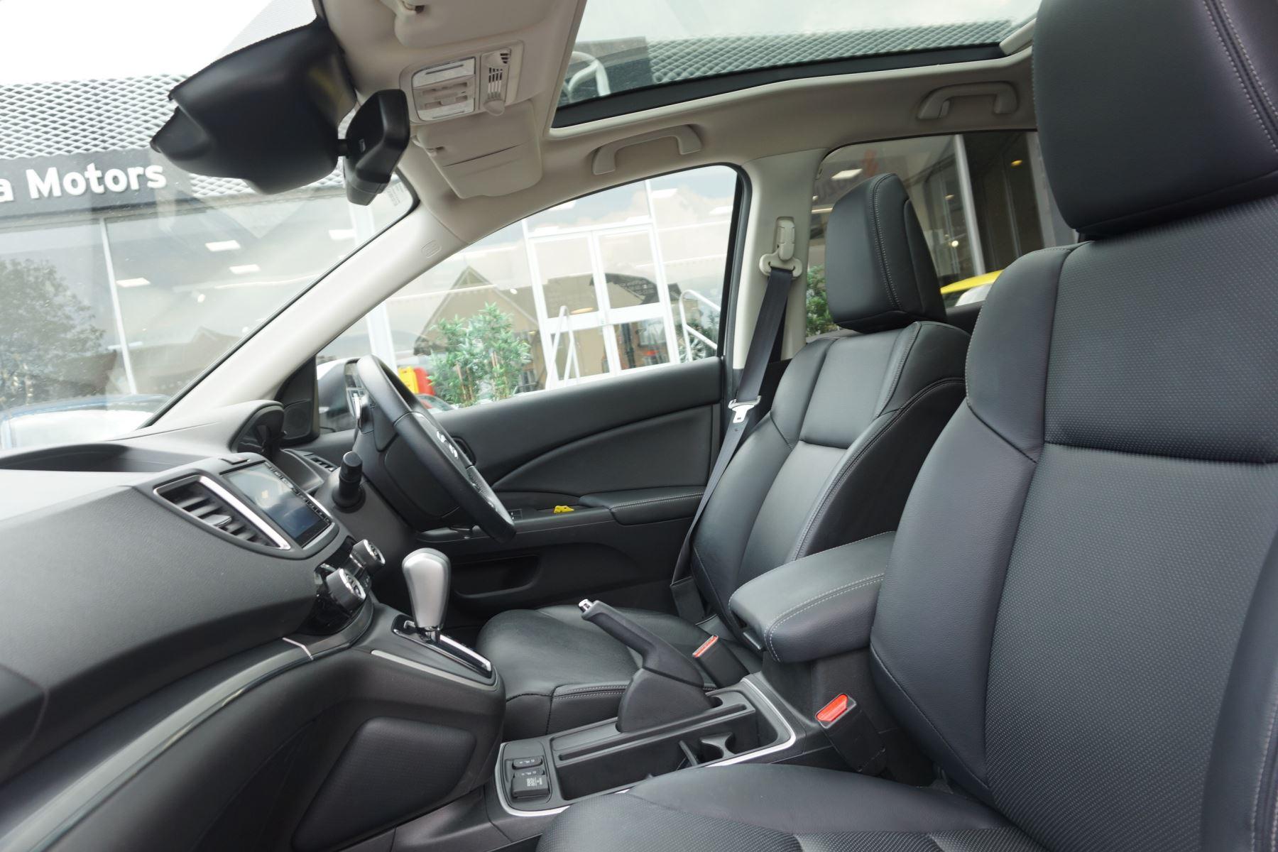 Honda CR-V 2.0 i-VTEC EX 5dr image 8