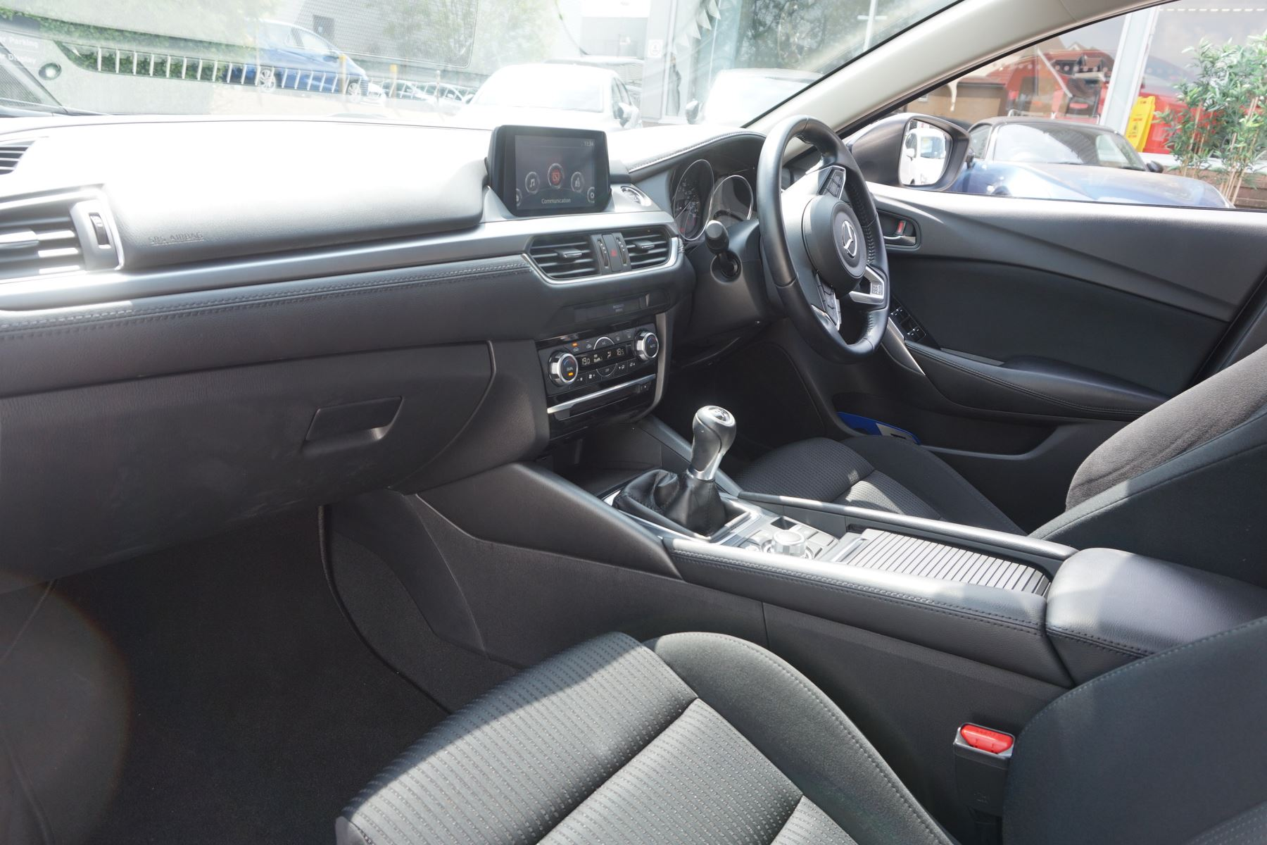 Mazda 6 2.2d SE-L Nav 4dr image 8