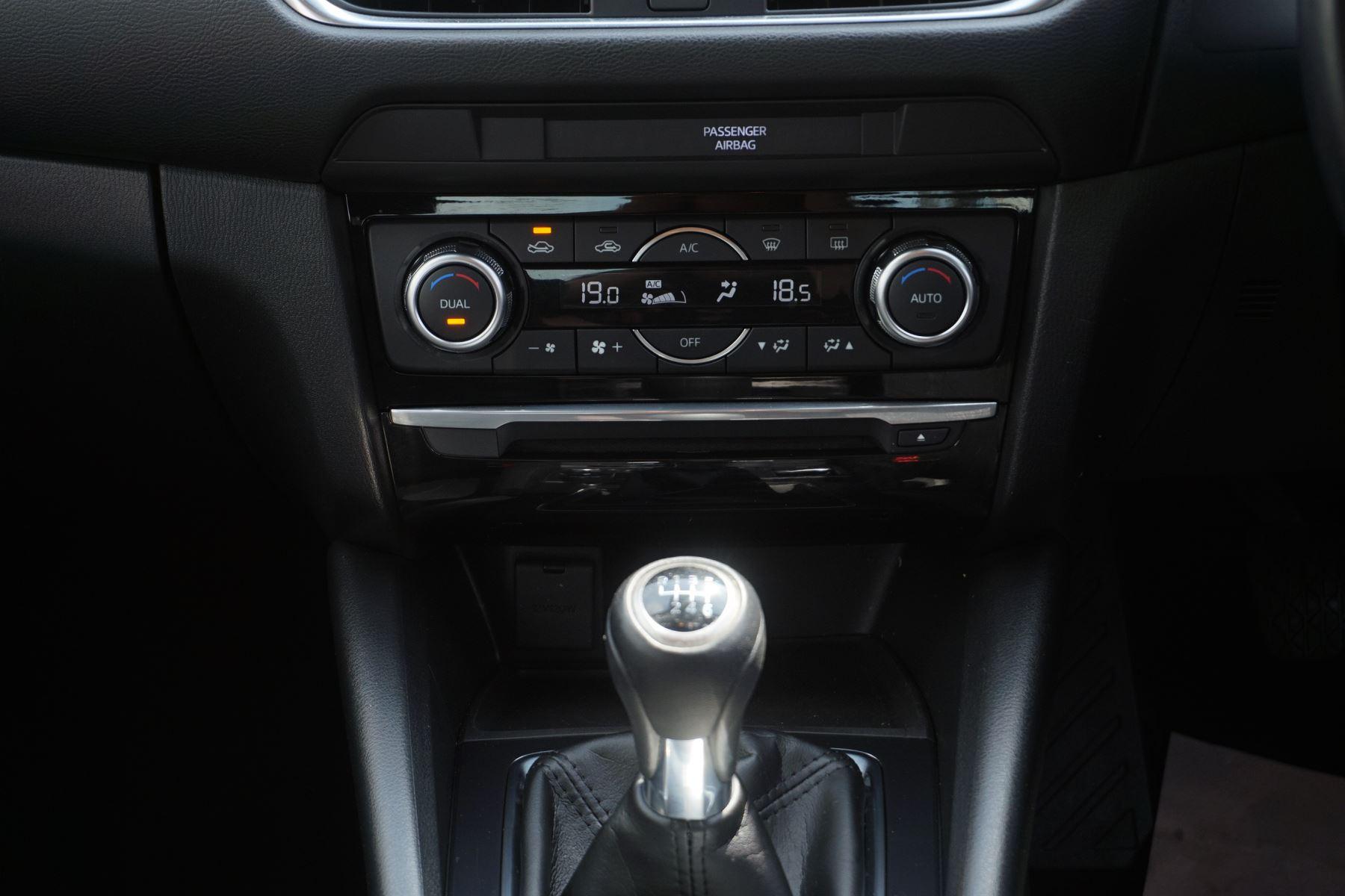 Mazda 6 2.2d SE-L Nav 4dr image 13
