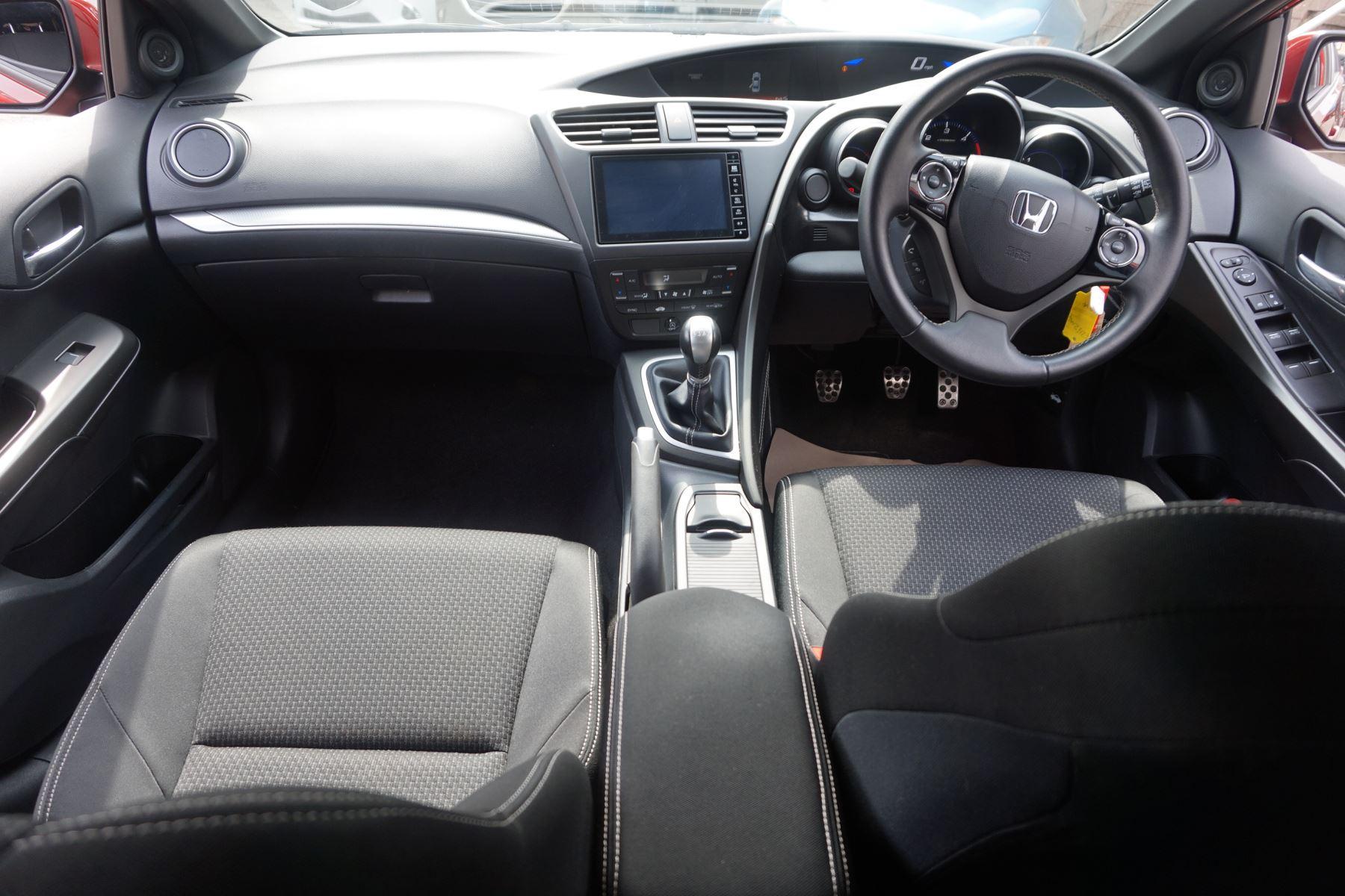 Honda Civic 1.6 i-DTEC Sport [Nav] image 10