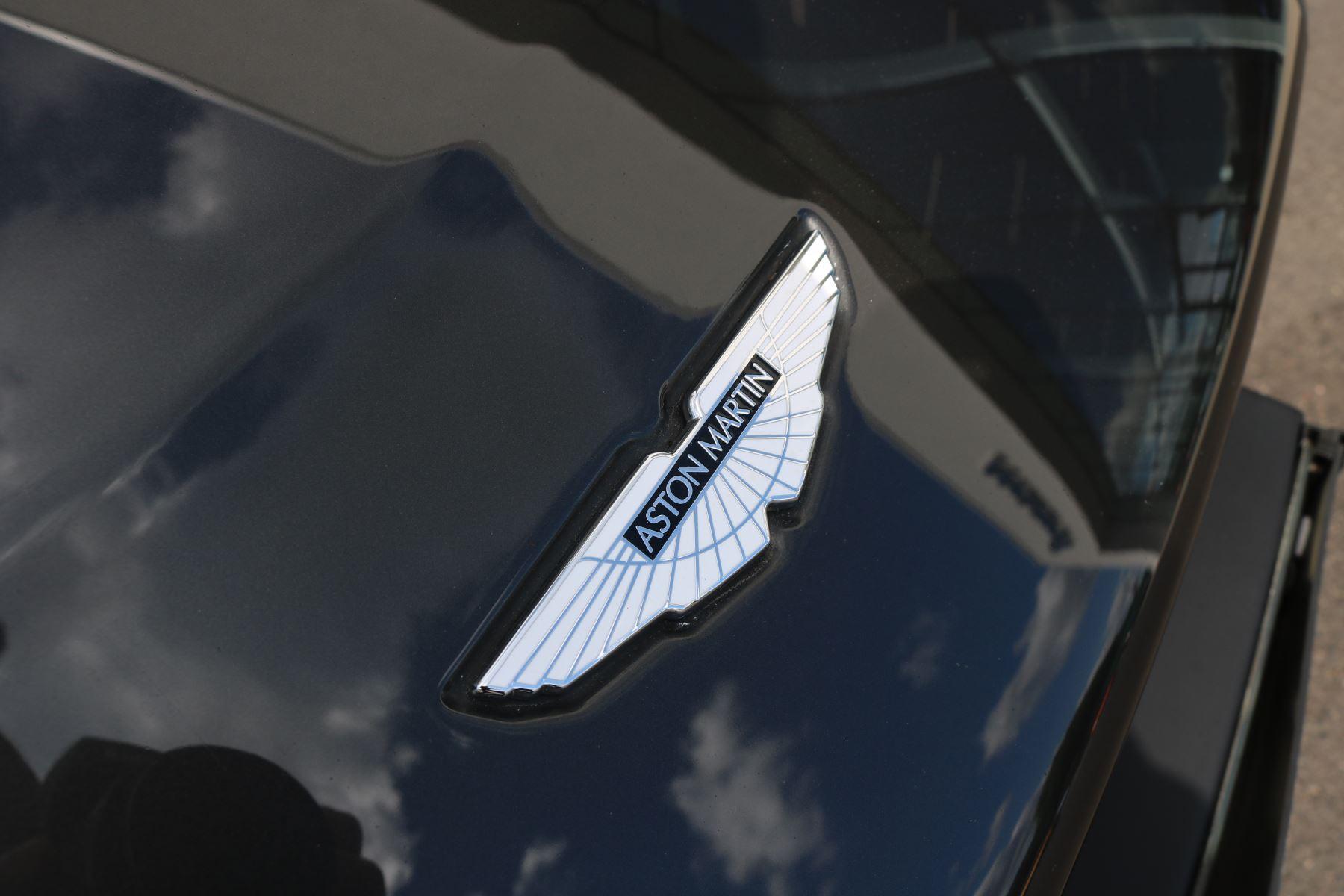 Aston Martin V12 Vantage 2dr image 15