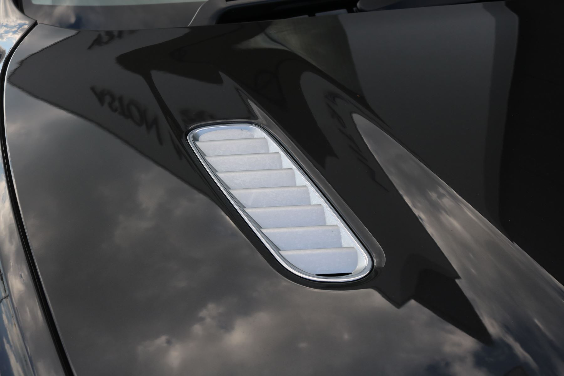 Aston Martin Virage V12 2dr Volante Touchtronic image 11