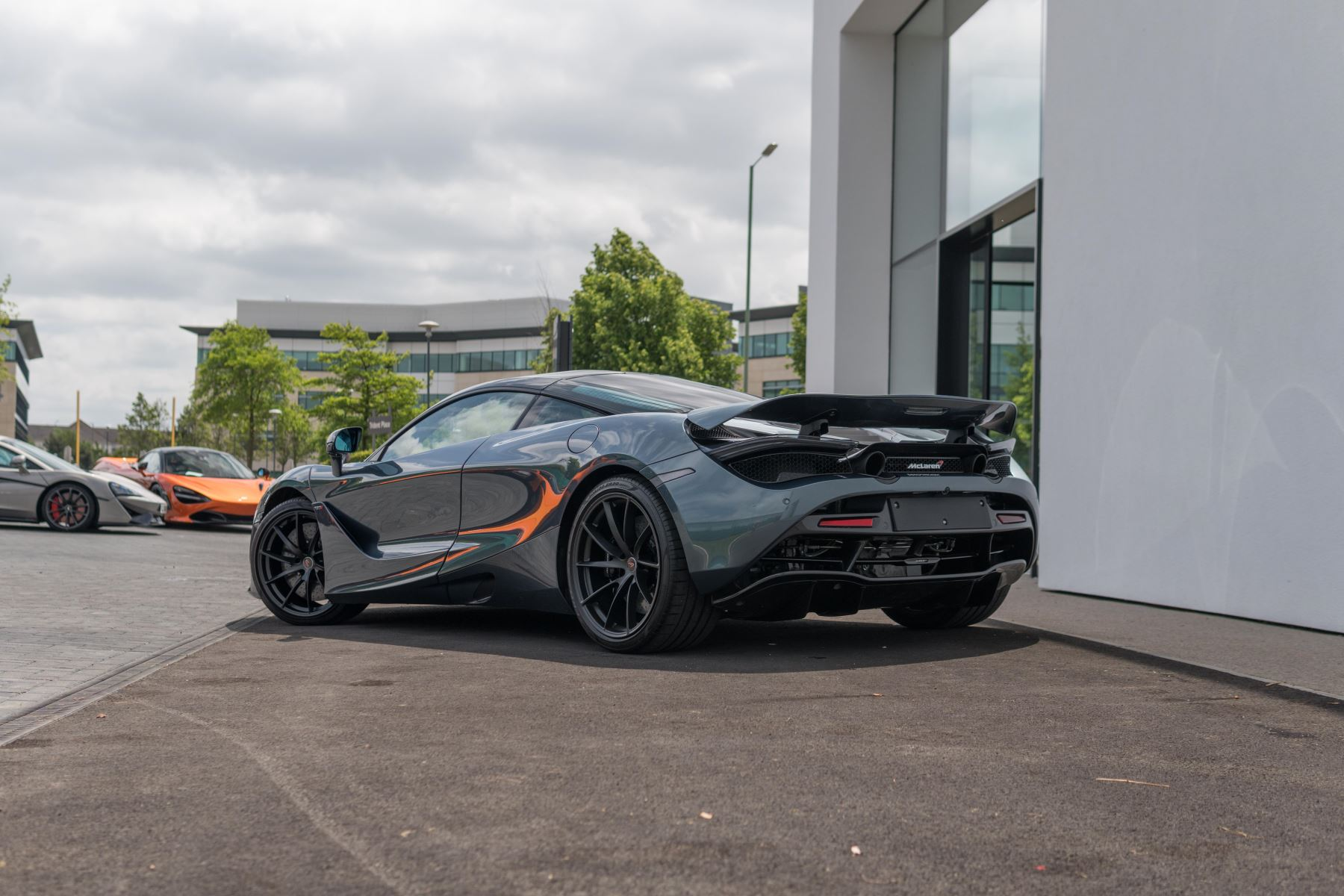 McLaren 720S V8 2dr SSG image 24