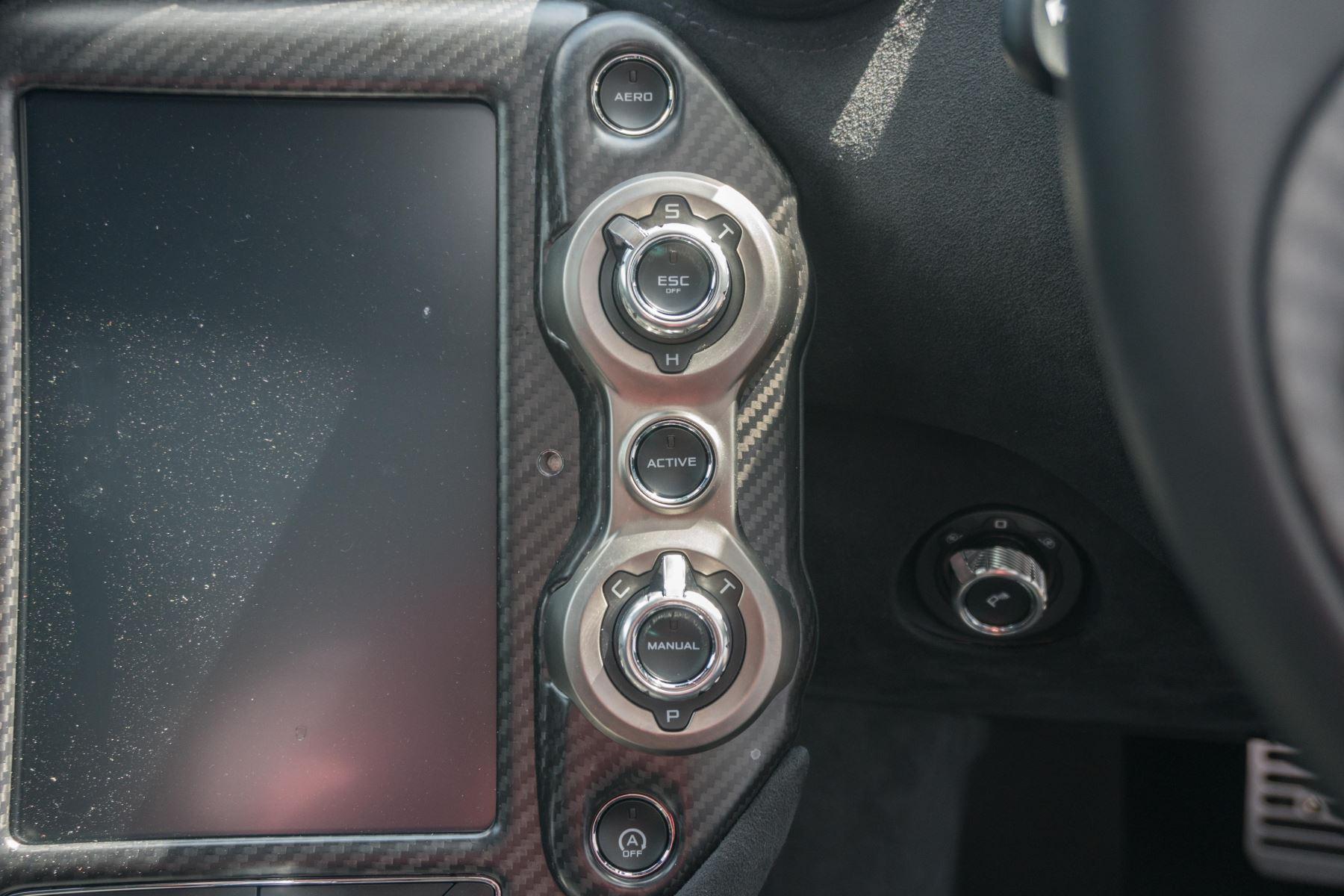 McLaren 720S V8 2dr SSG image 42