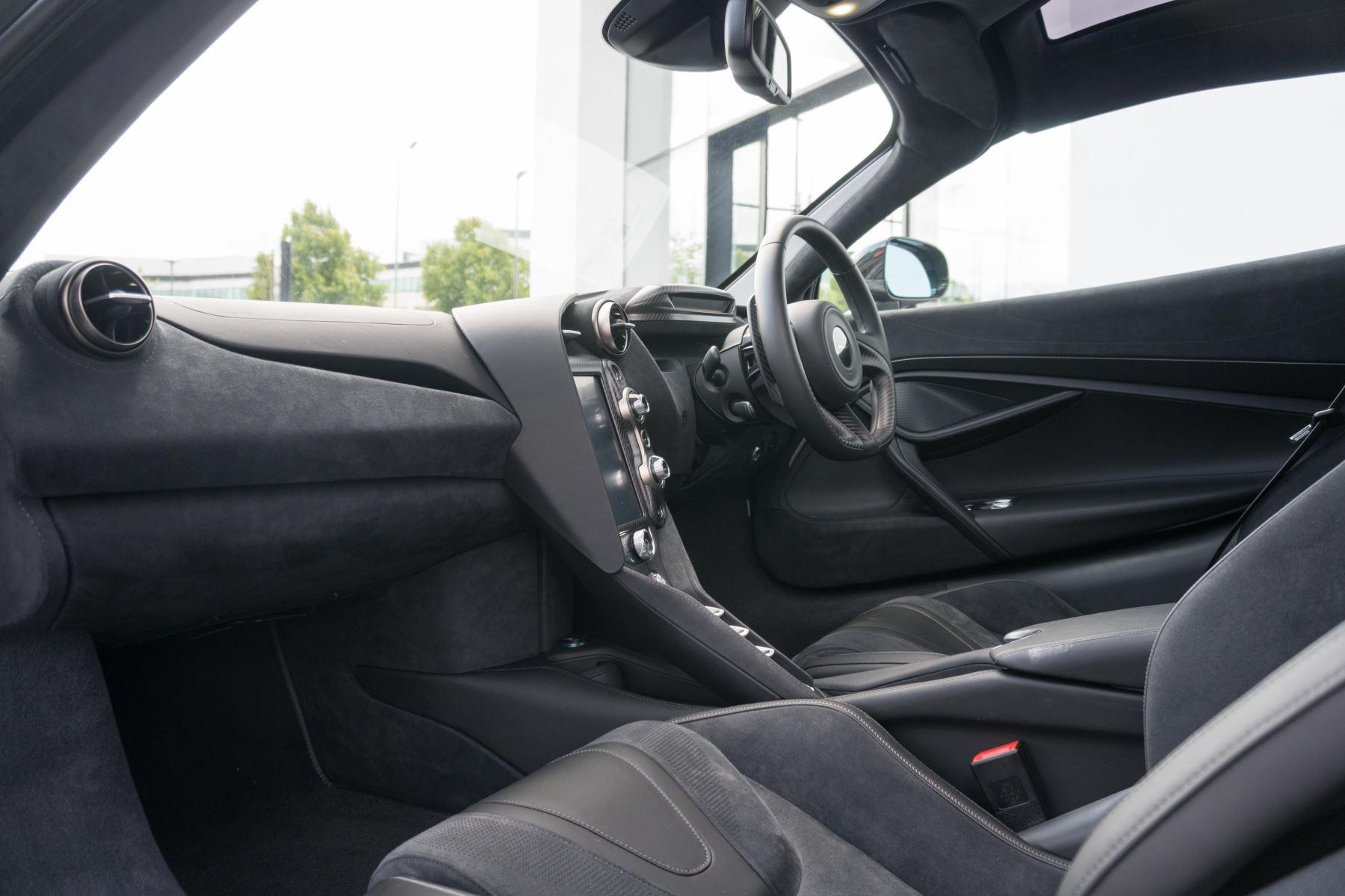 McLaren 720S V8 2dr SSG image 47