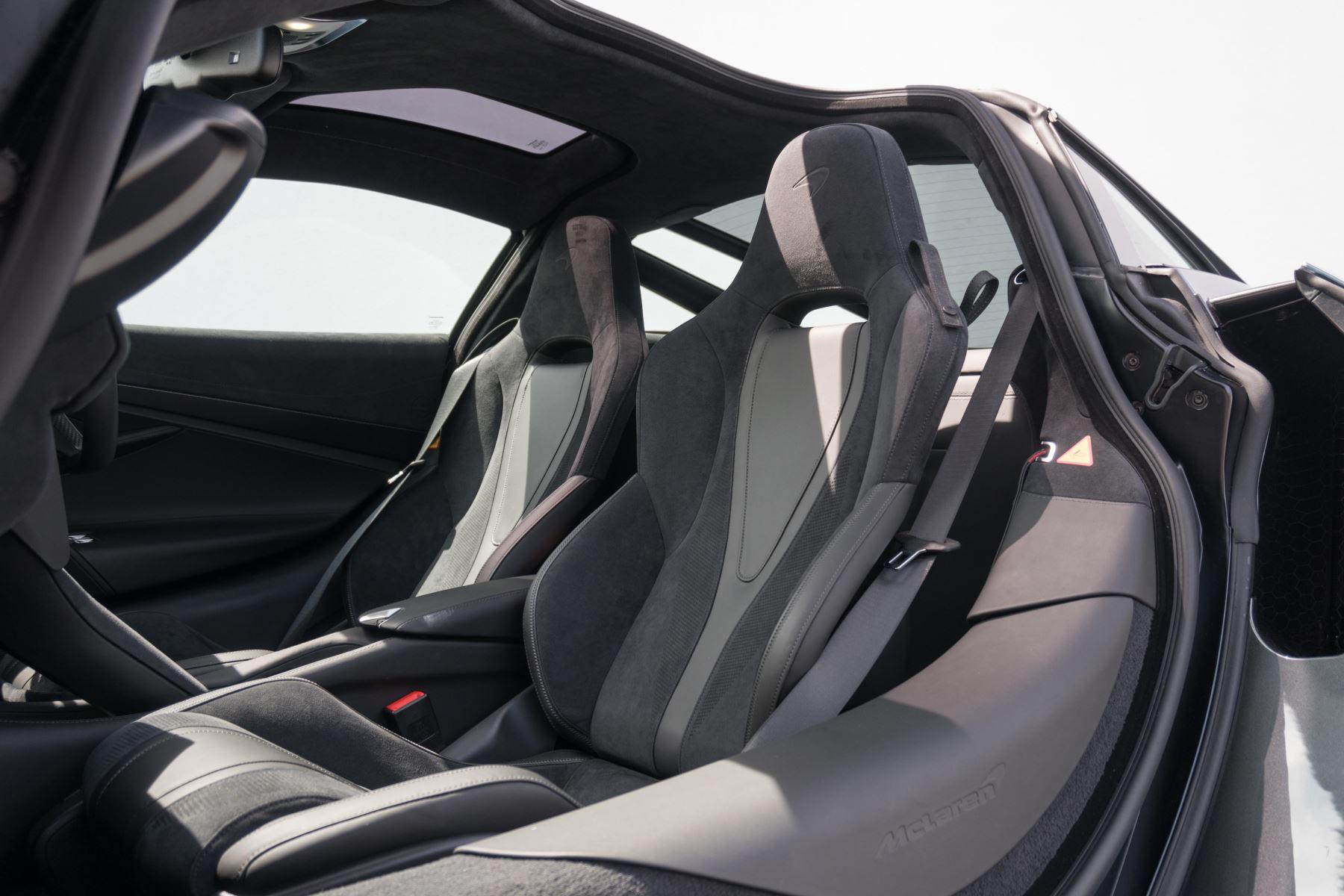 McLaren 720S V8 2dr SSG image 49