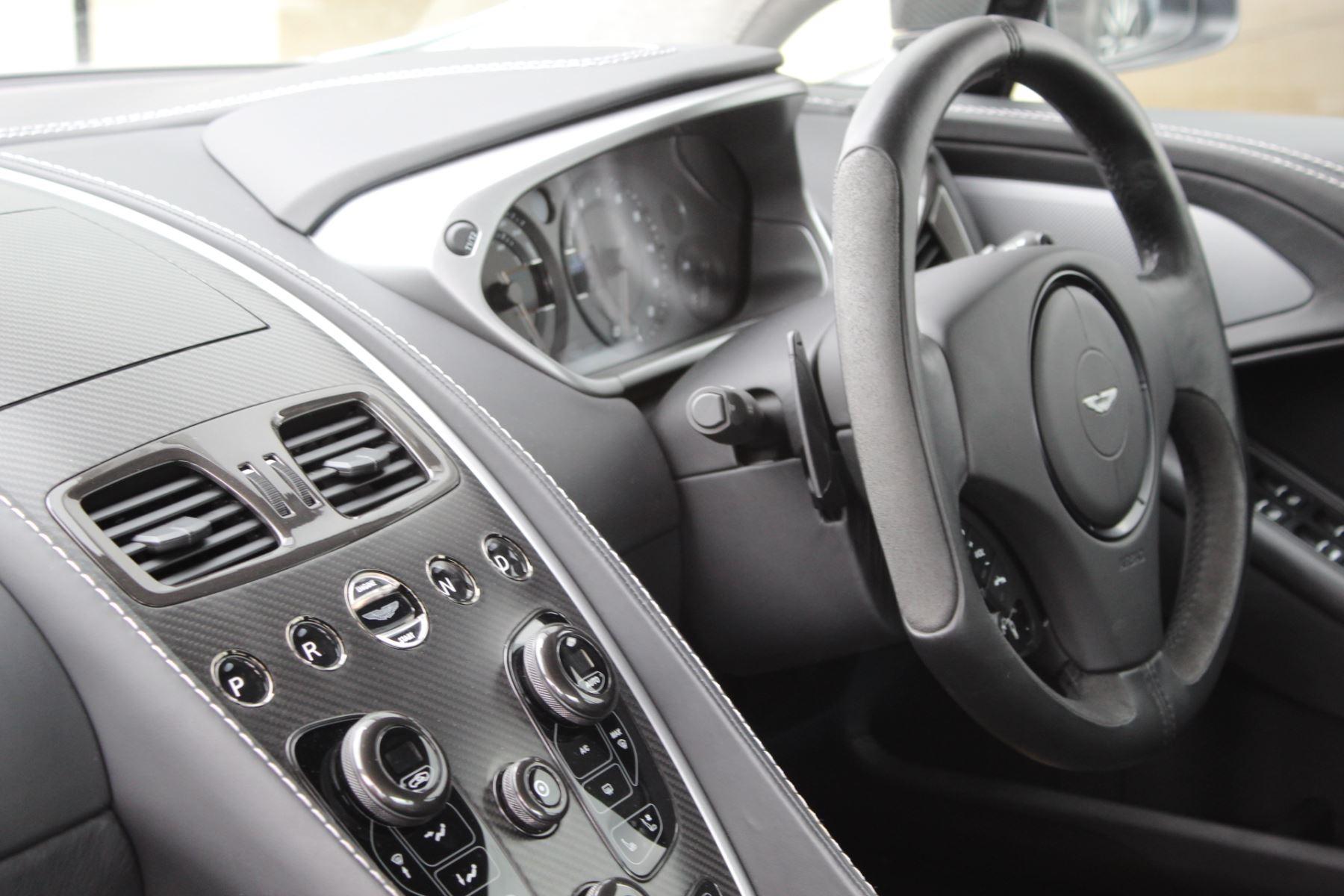 Aston Martin Vanquish V12 2+2 2dr Touchtronic image 6