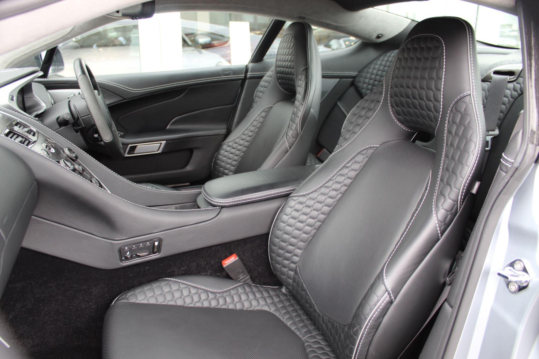 Aston Martin Vanquish V12 2+2 2dr Touchtronic image 5