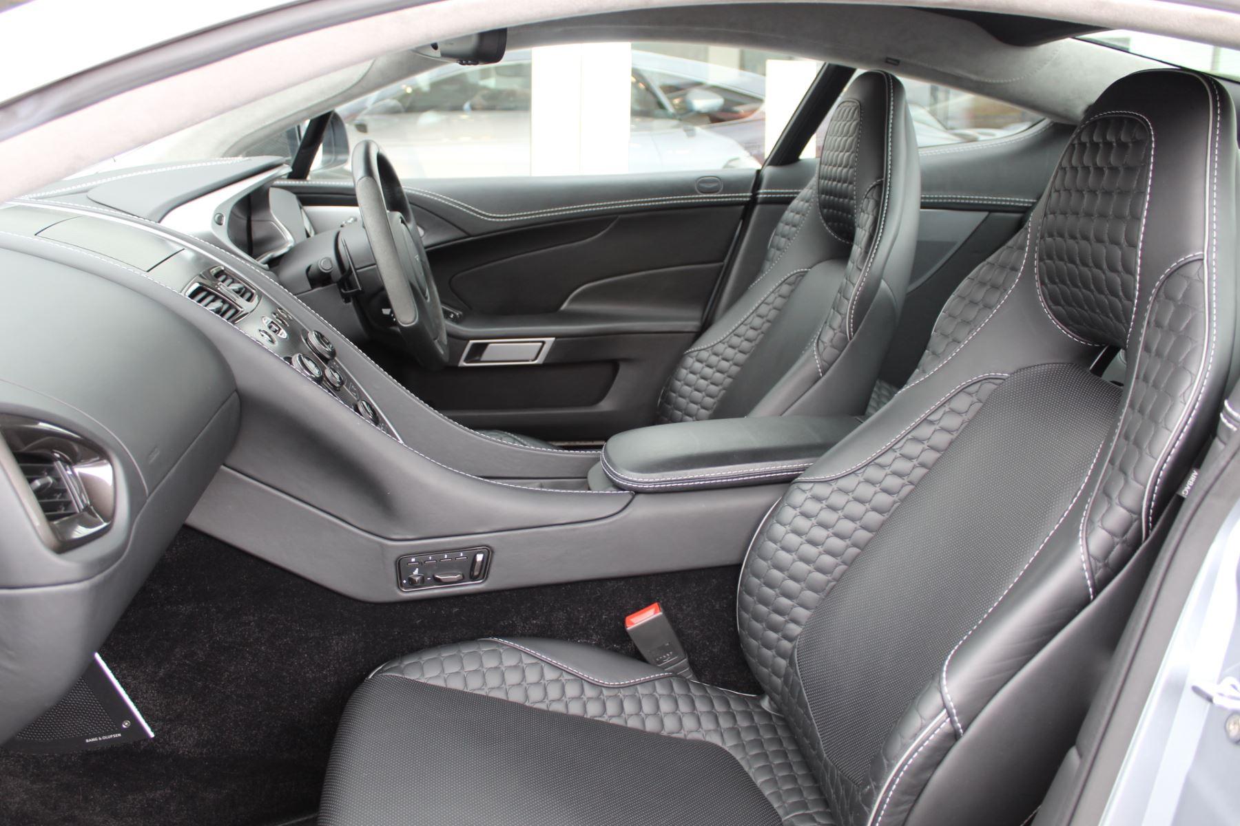Aston Martin Vanquish V12 2+2 2dr Touchtronic image 16