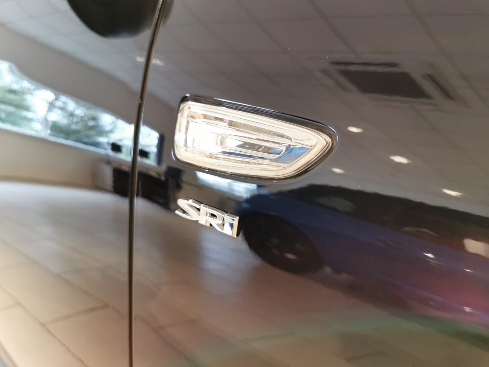 Vauxhall Insignia 1.5T SRi 5dr image 8