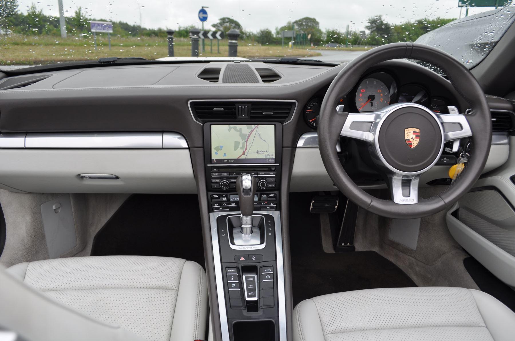 Porsche 911 S 2dr PDK image 11