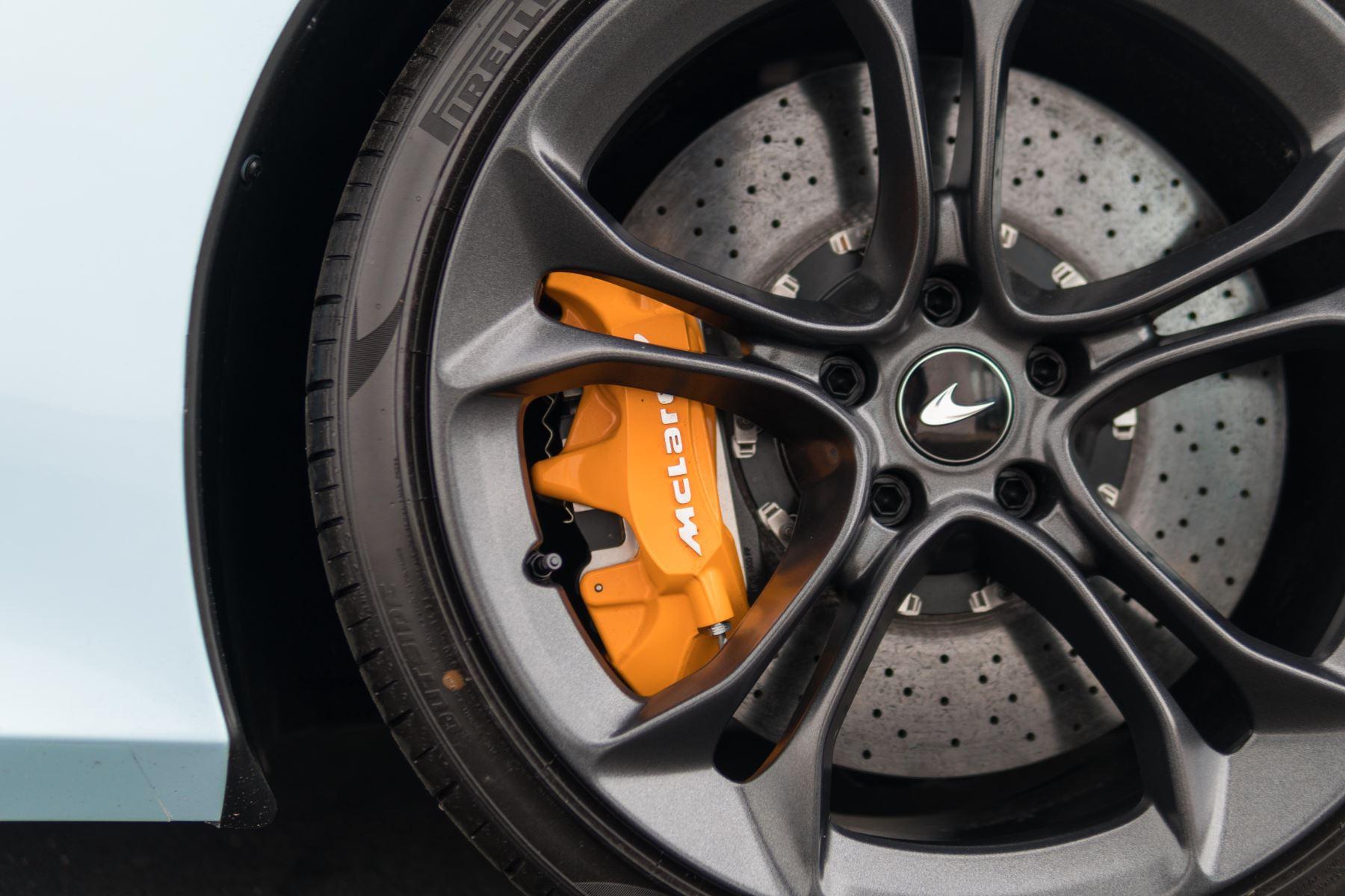 McLaren 720S V8 Performance 2dr SSG Auto Coupe image 12
