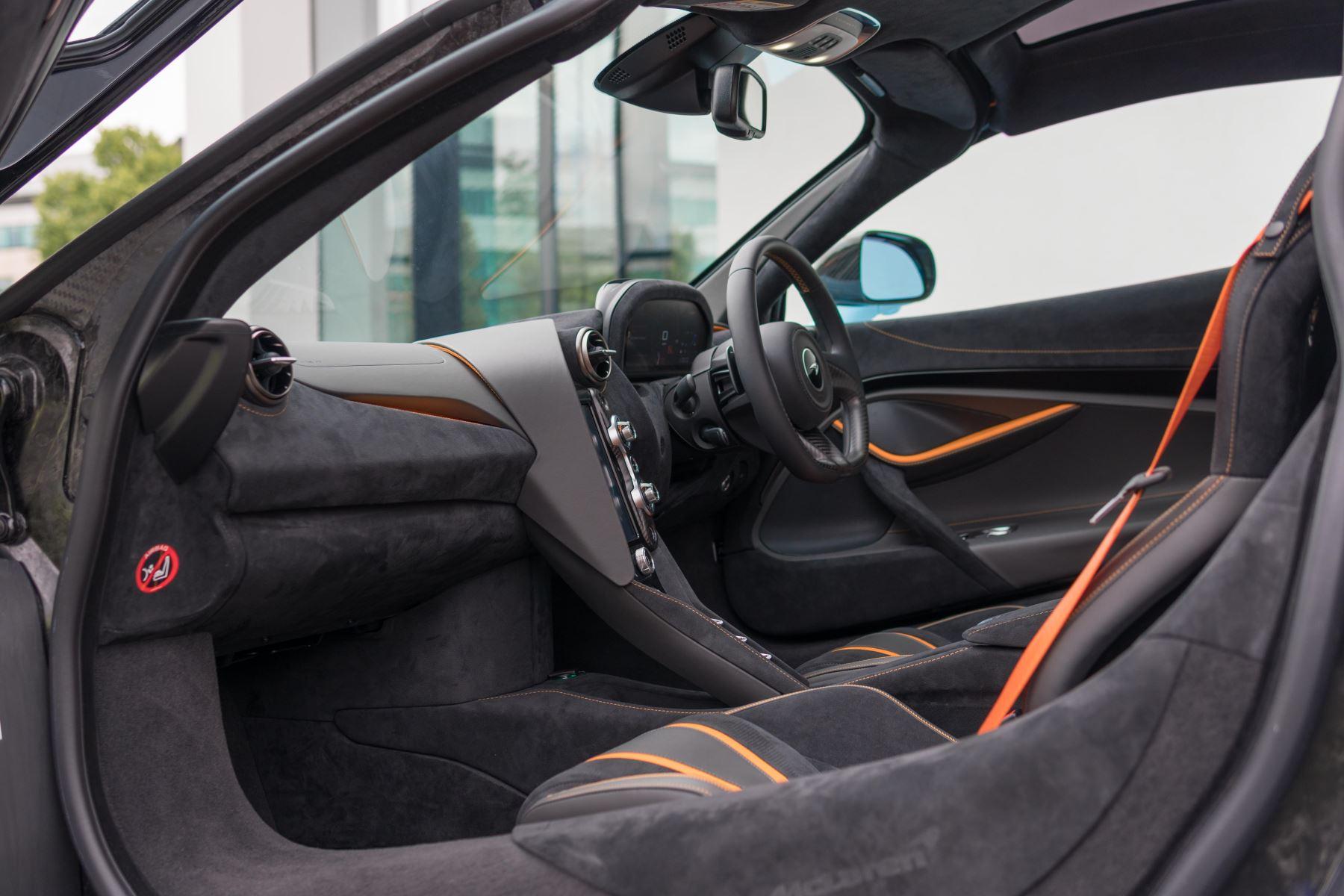 McLaren 720S V8 Performance 2dr SSG Auto Coupe image 26