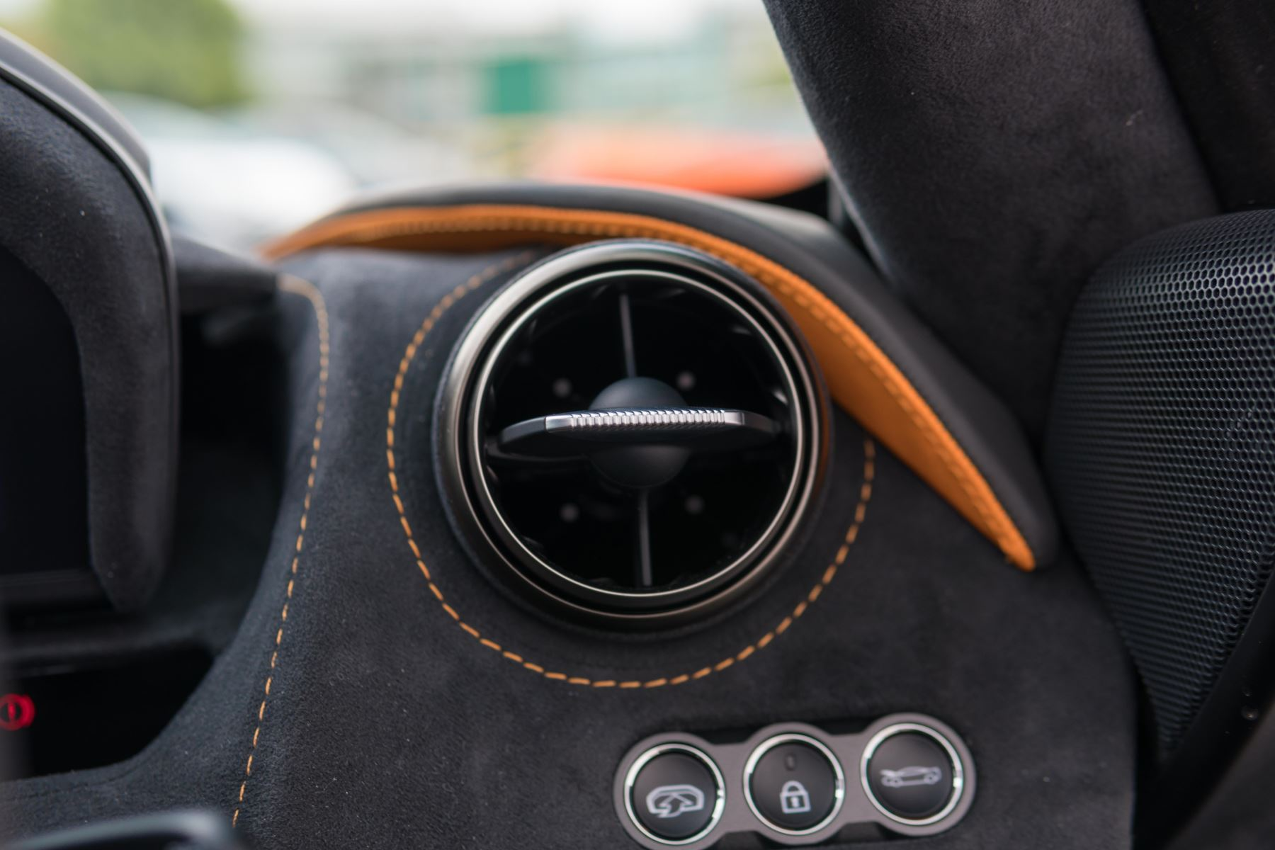McLaren 720S V8 Performance 2dr SSG Auto Coupe image 31