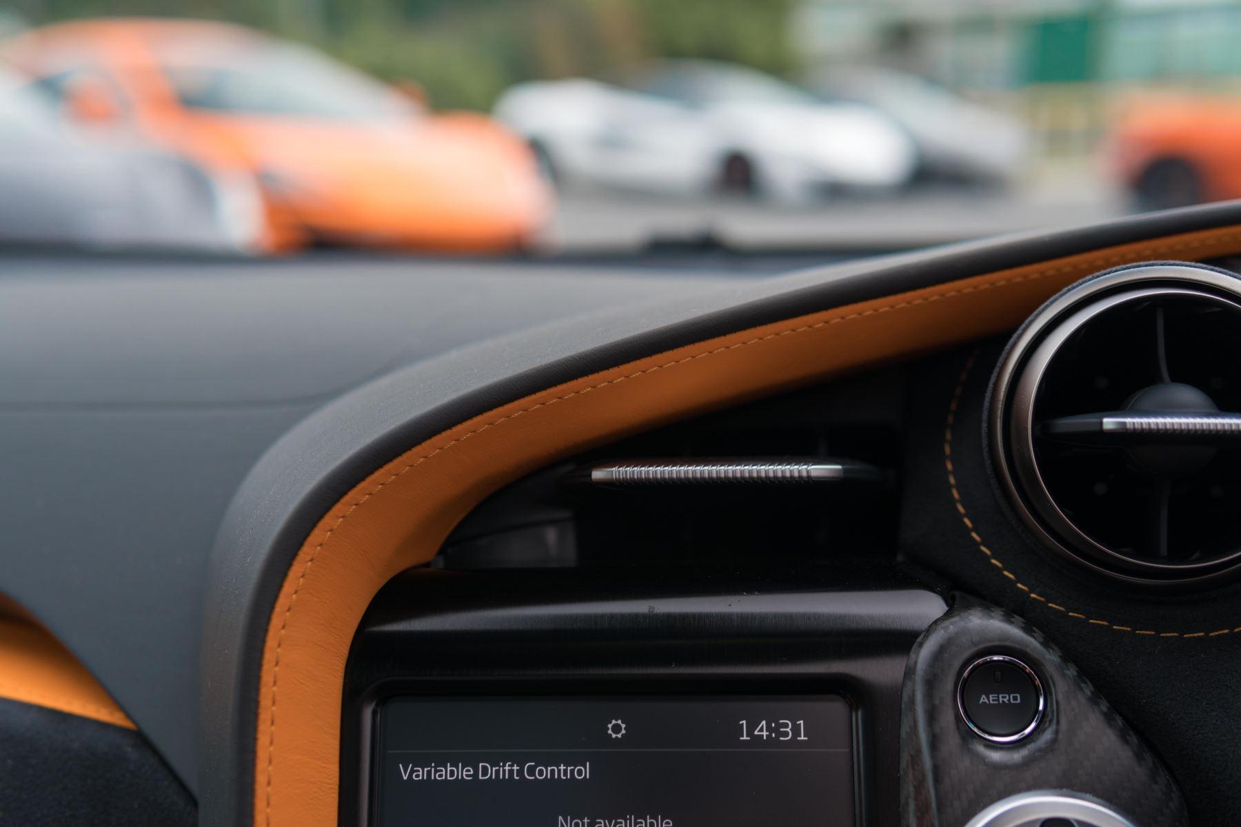 McLaren 720S V8 Performance 2dr SSG Auto Coupe image 35