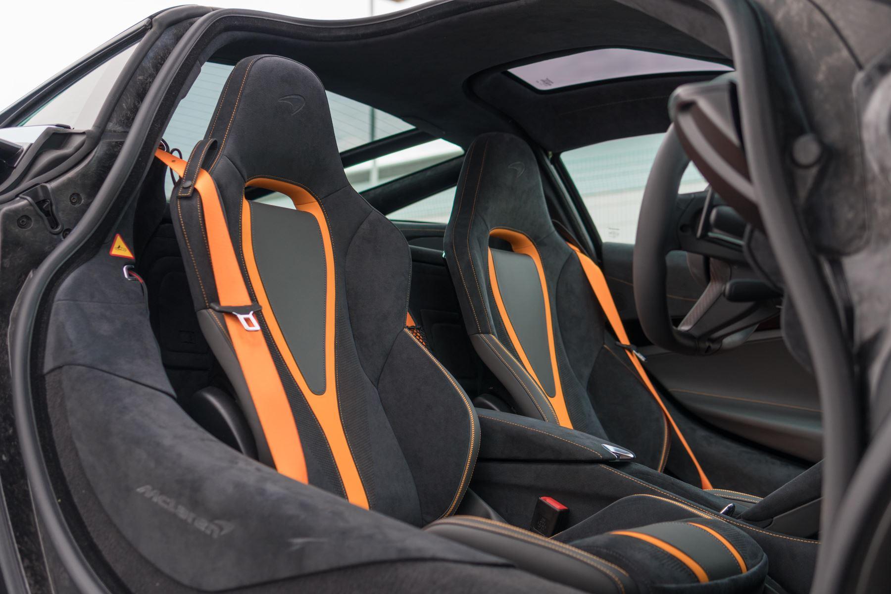 McLaren 720S V8 Performance 2dr SSG Auto Coupe image 54
