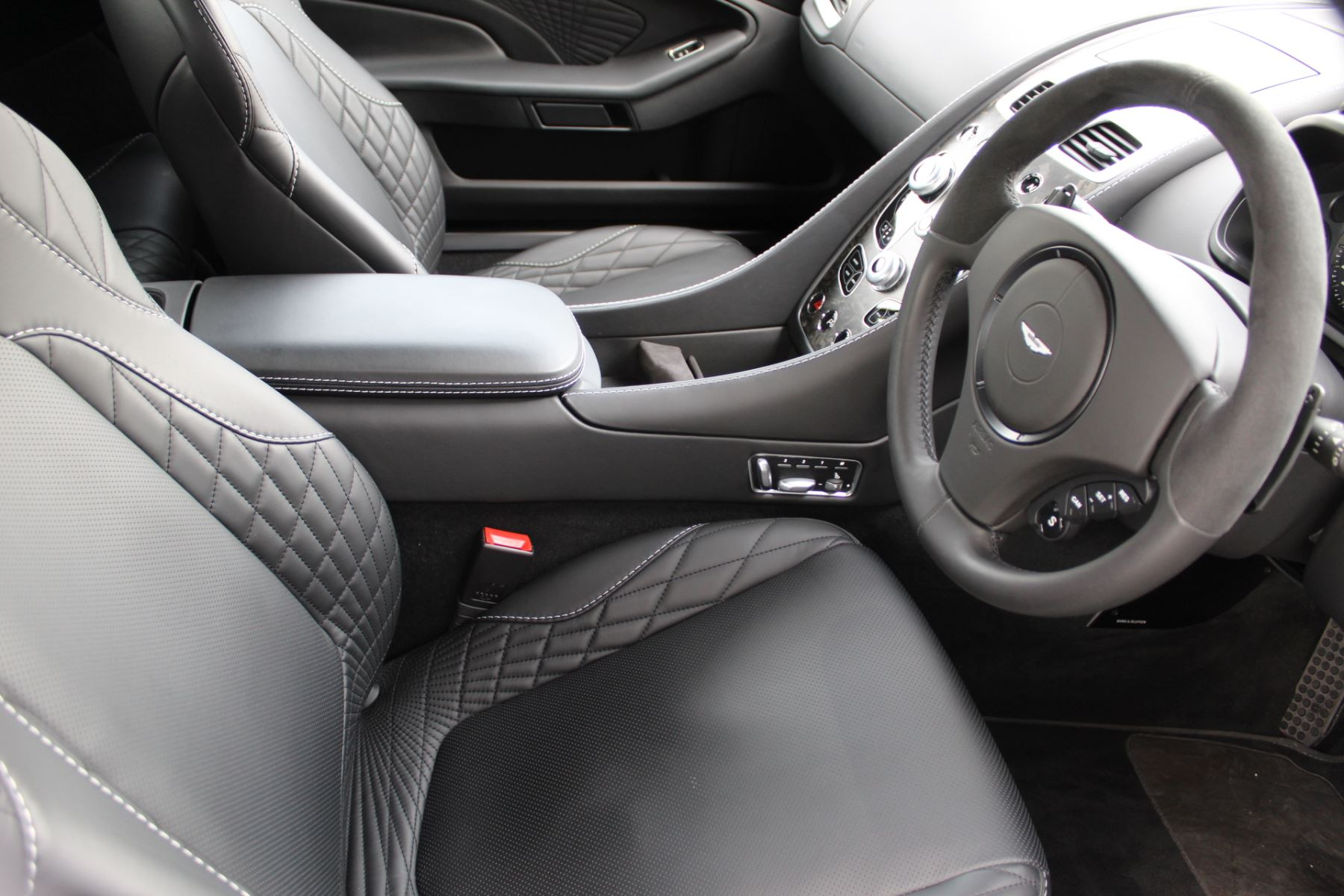 Aston Martin Vanquish S Volante V12 [595] S 2dr Volante Touchtronic image 11