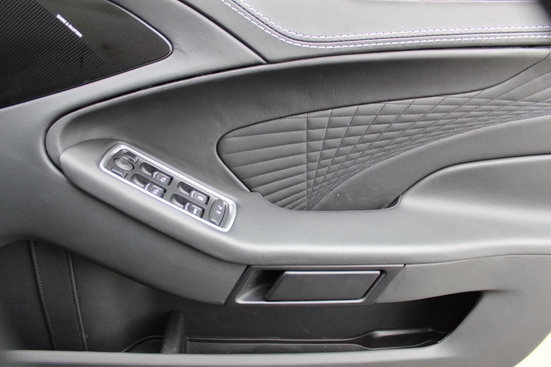 Aston Martin Vanquish S Volante V12 [595] S 2dr Volante Touchtronic image 19