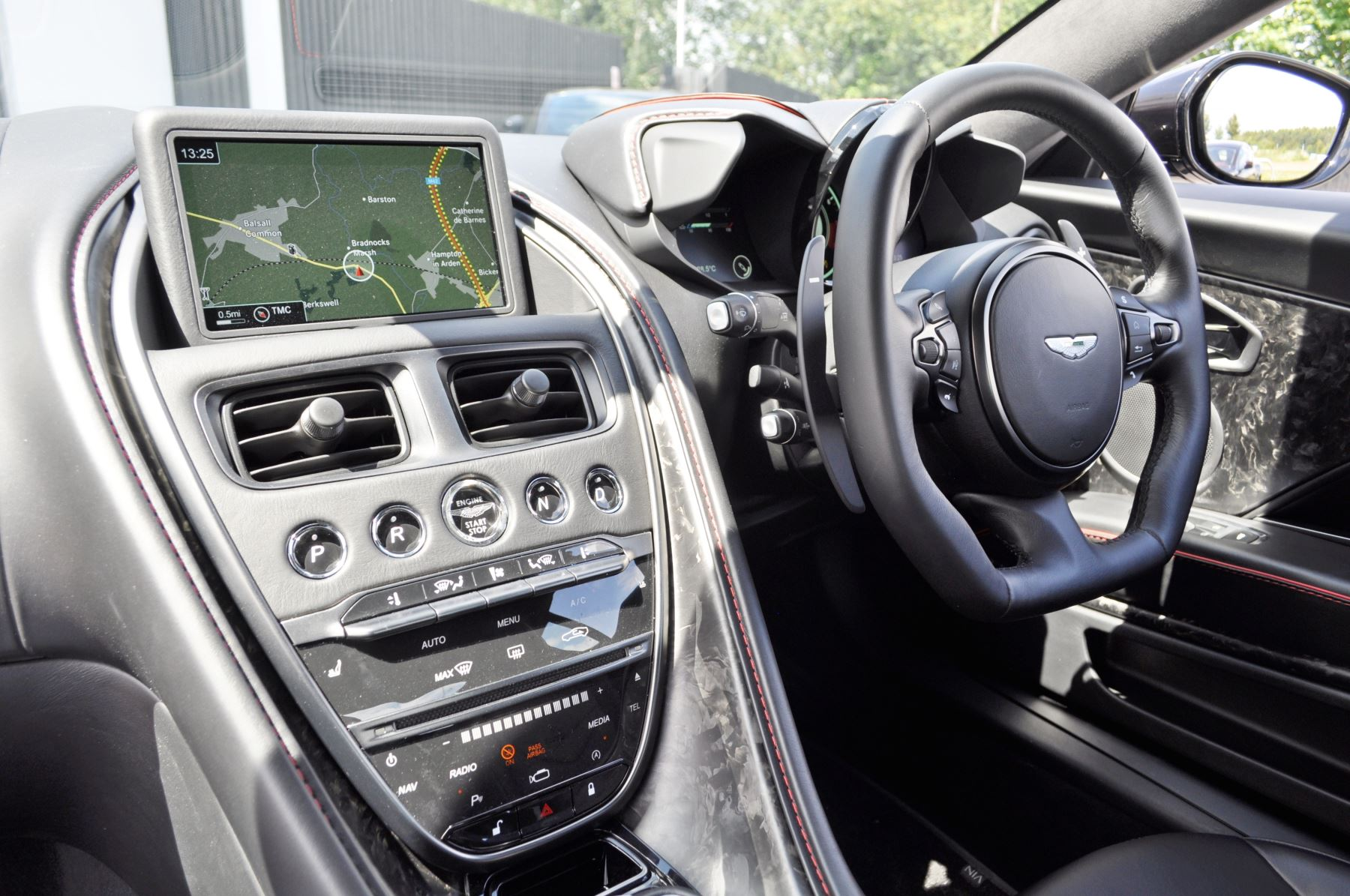Aston Martin DBS V12 Superleggera Touchtronic image 13