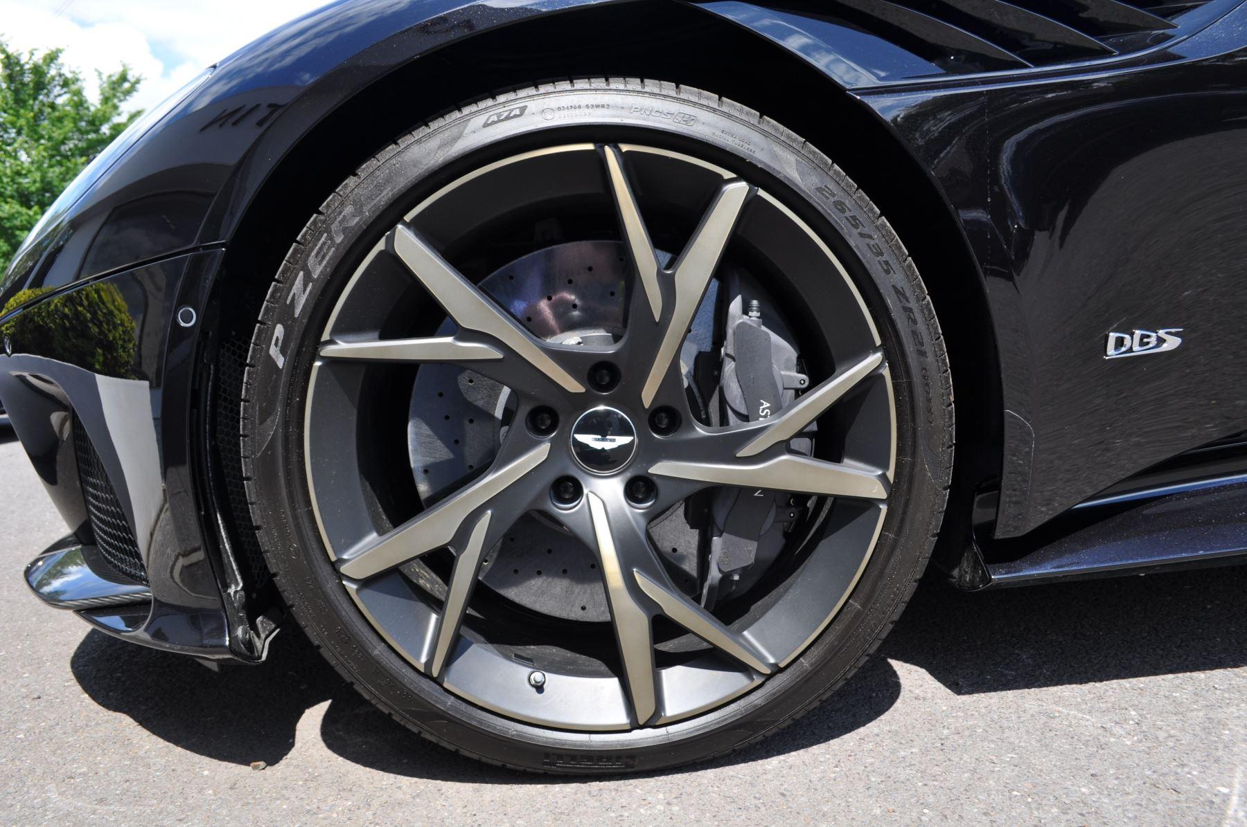 Aston Martin DBS V12 Superleggera Touchtronic image 19