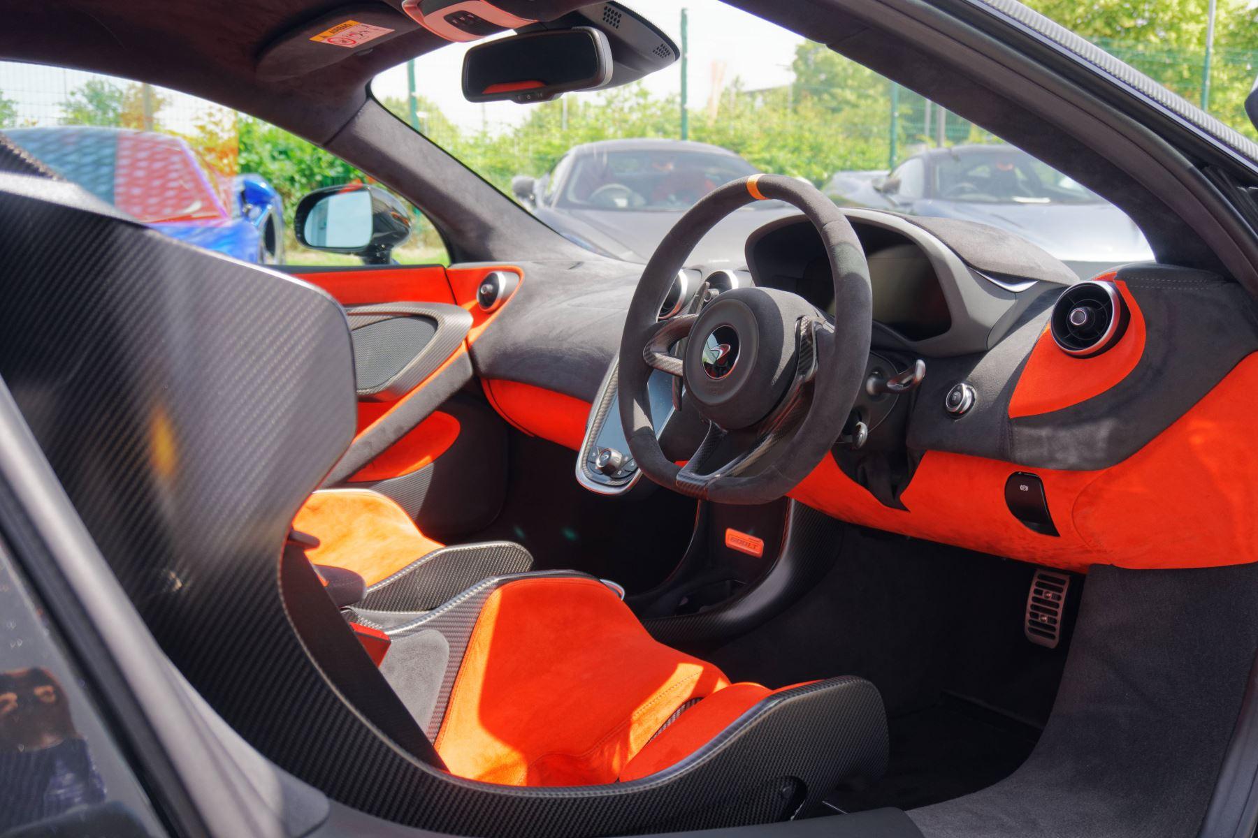 McLaren 600LT Coupe  image 25
