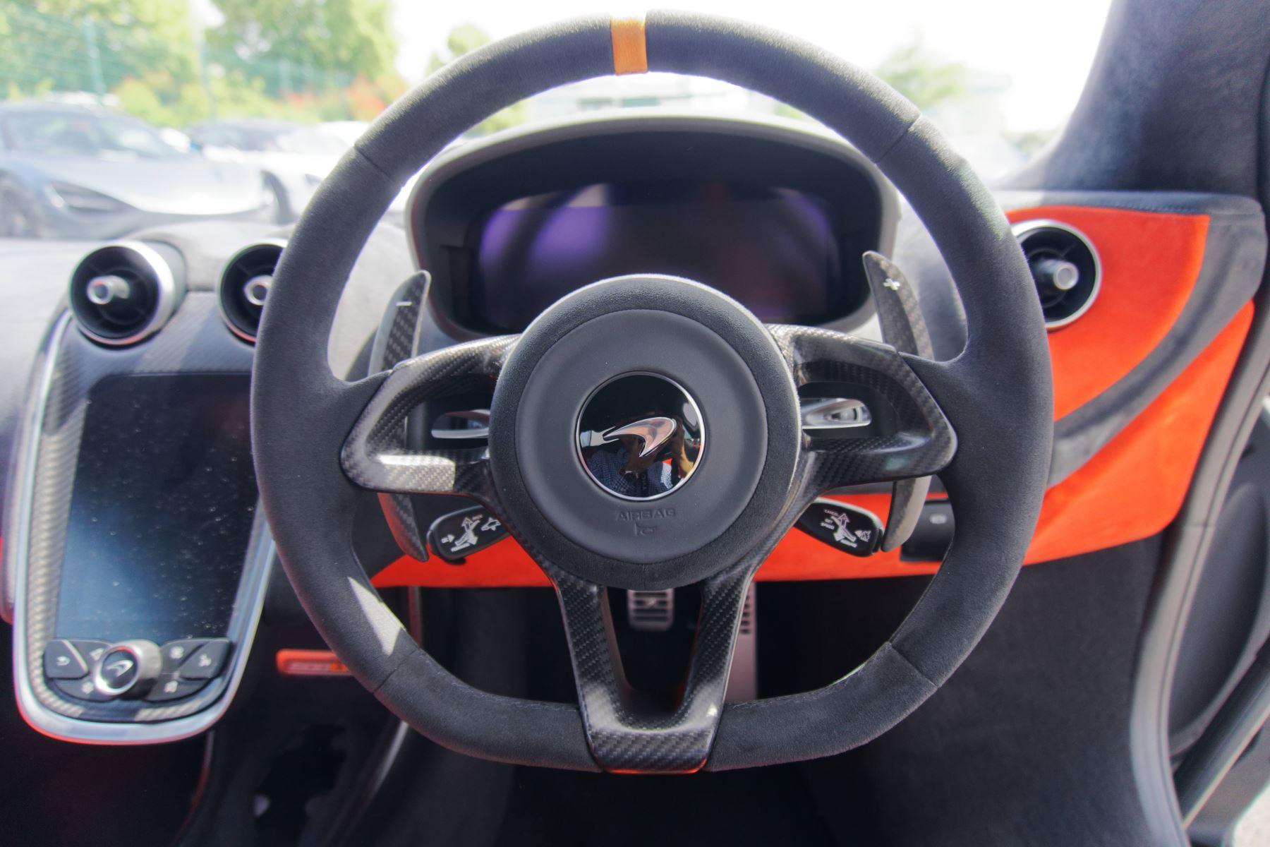 McLaren 600LT Coupe  image 30