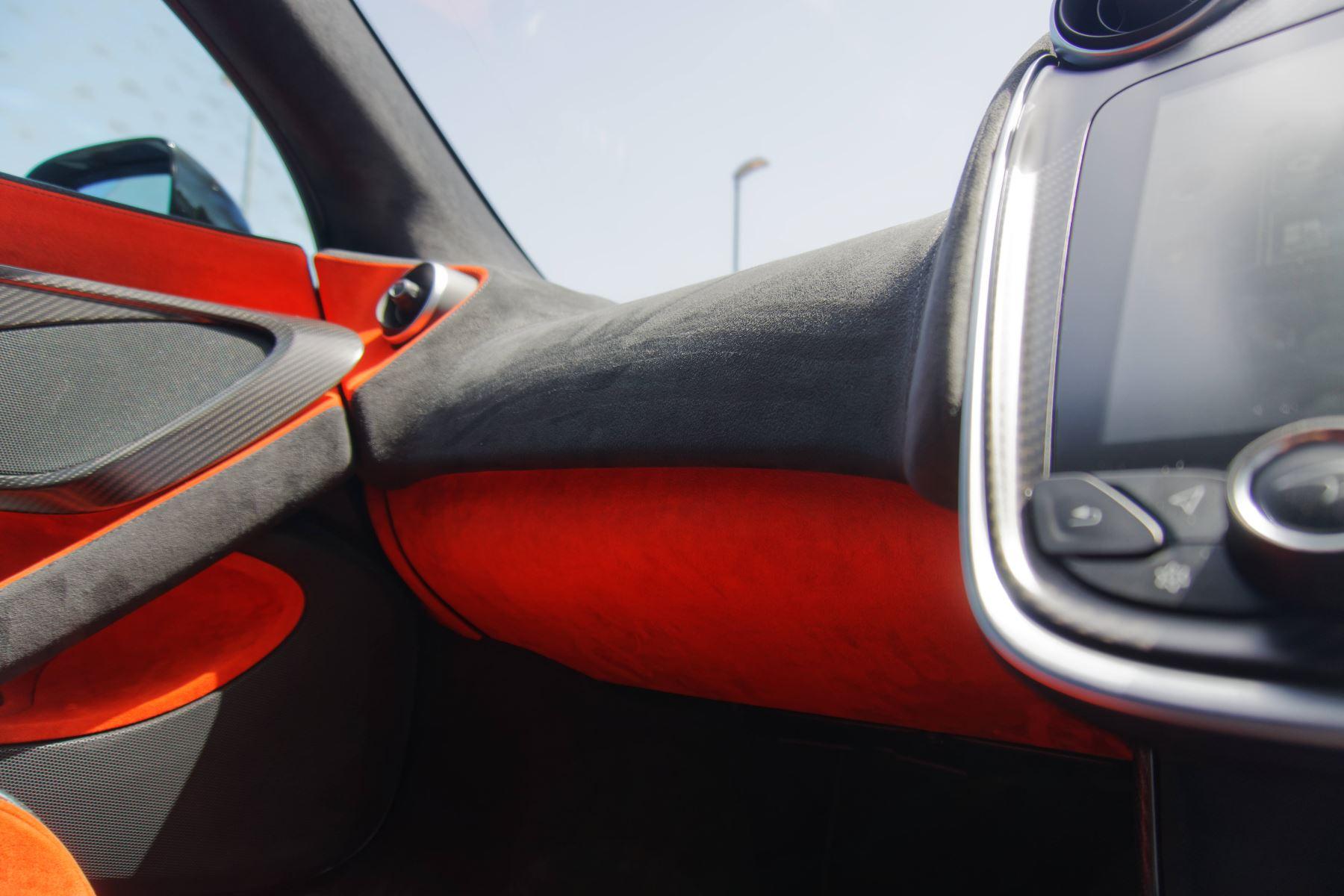 McLaren 600LT Coupe  image 41