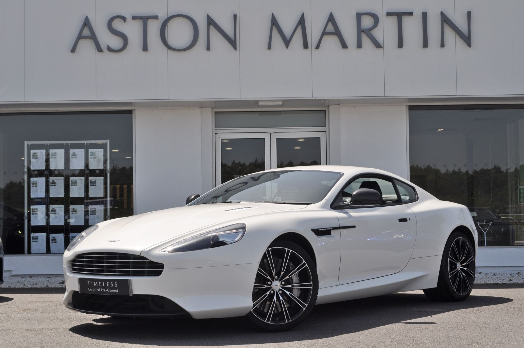 Aston Martin DB9 Carbon Edition V12 Carbon 2dr Touchtronic Auto 5.9 Automatic 3 door Coupe (2015)