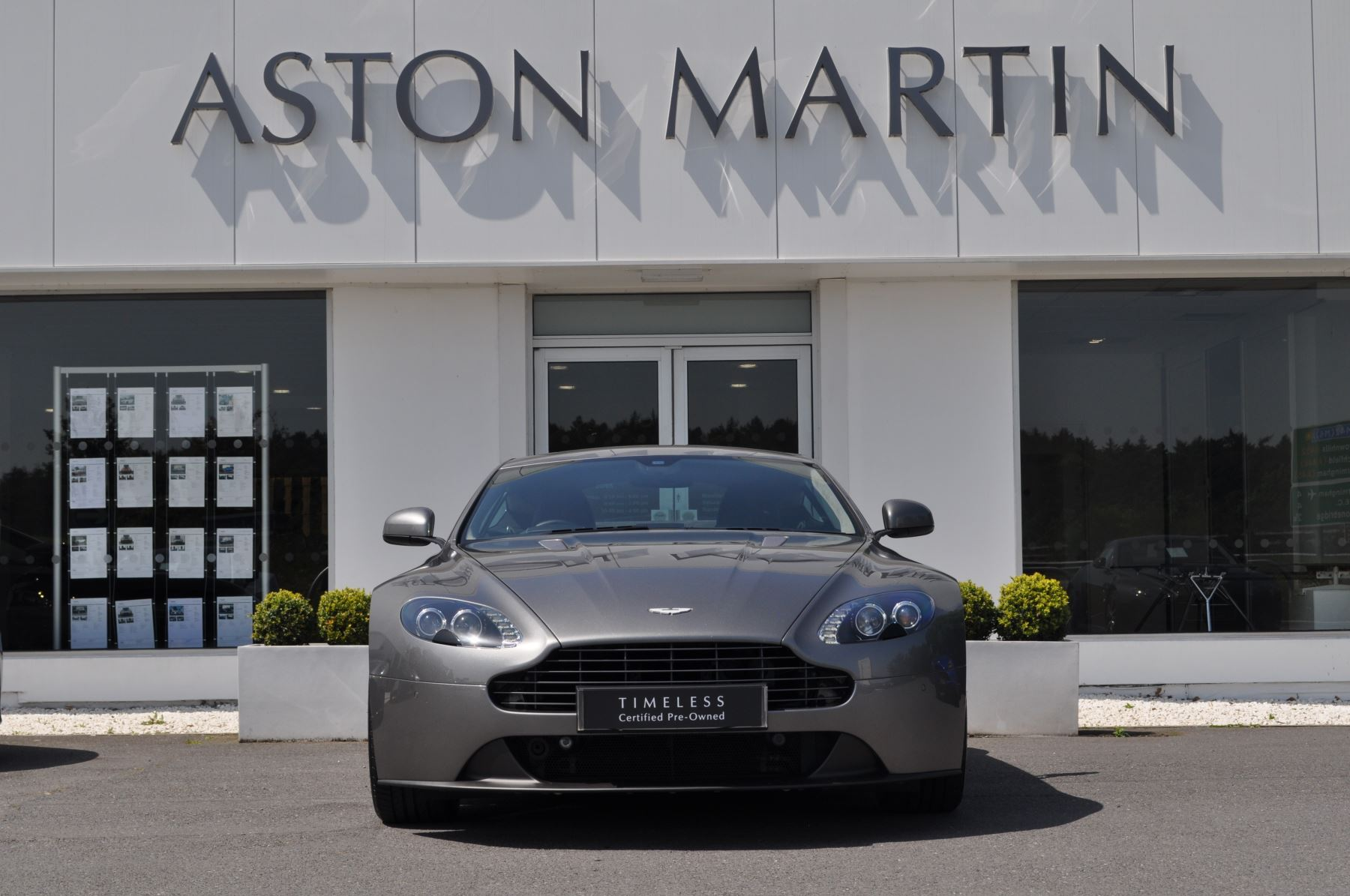 Aston Martin V8 Vantage Coupe 2dr [420] 4 7 3 door Coupe (2013) available  from Aston Martin Brentwood