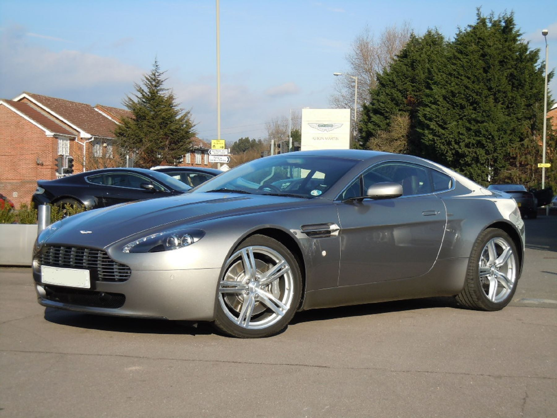 Aston Martin V8 Vantage Coupe 2dr Sportshift 4.3 Automatic Coupe (2009)