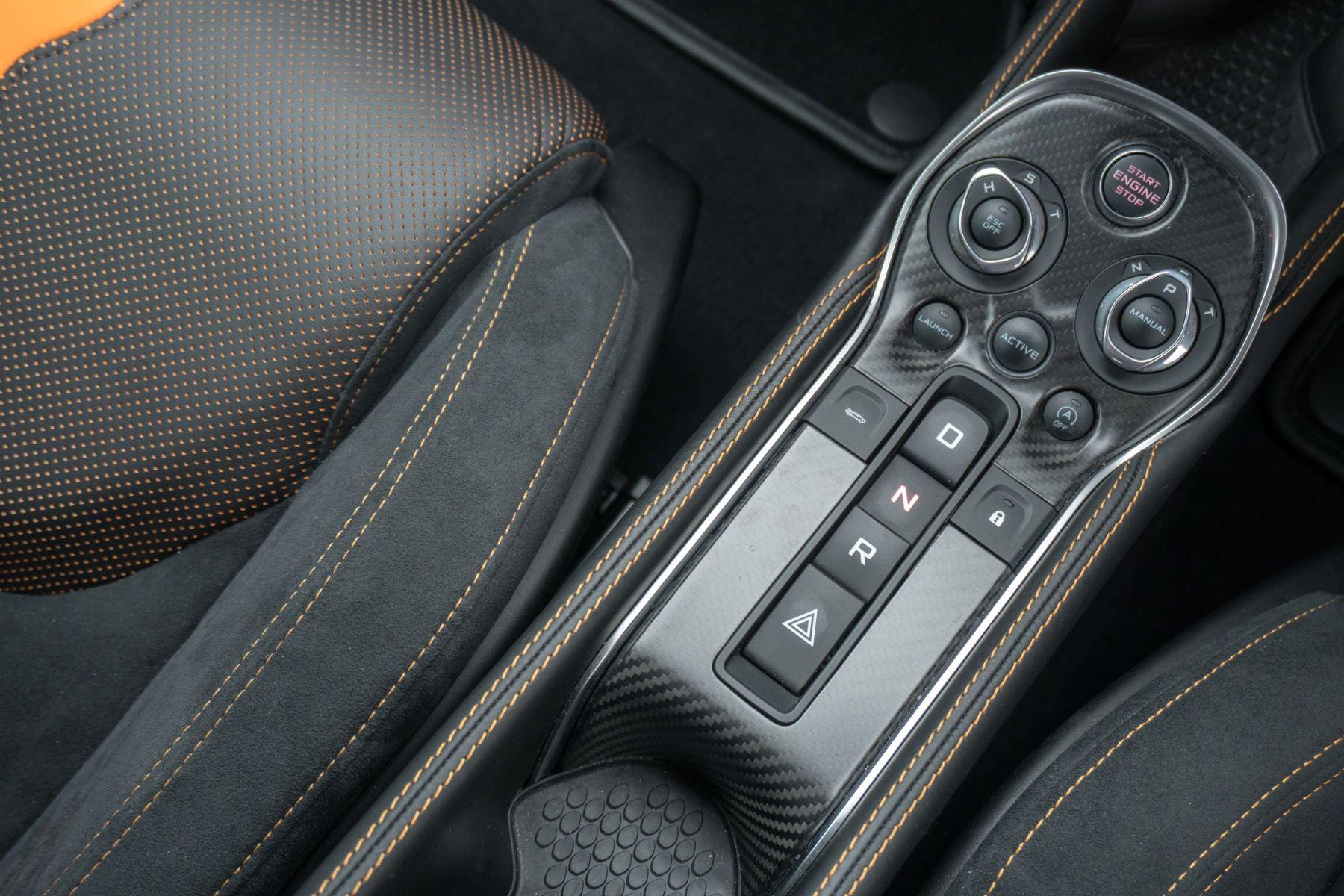 McLaren 570S Coupe V8 2dr SSG Auto Coupe image 30
