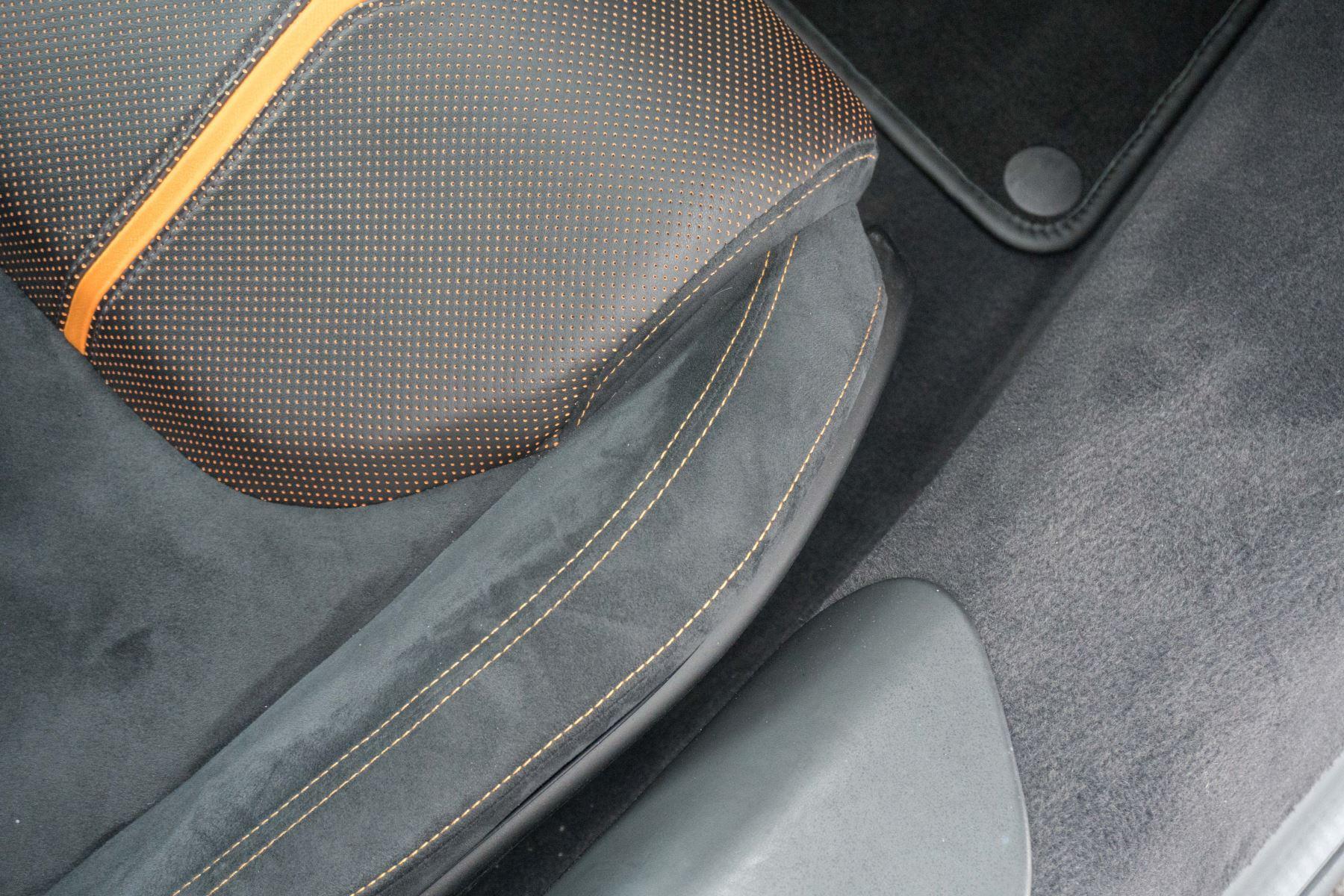 McLaren 570S Coupe V8 2dr SSG Auto Coupe image 33