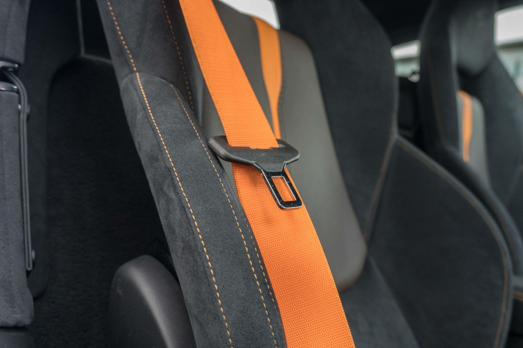 McLaren 570S Coupe V8 2dr SSG Auto Coupe image 36